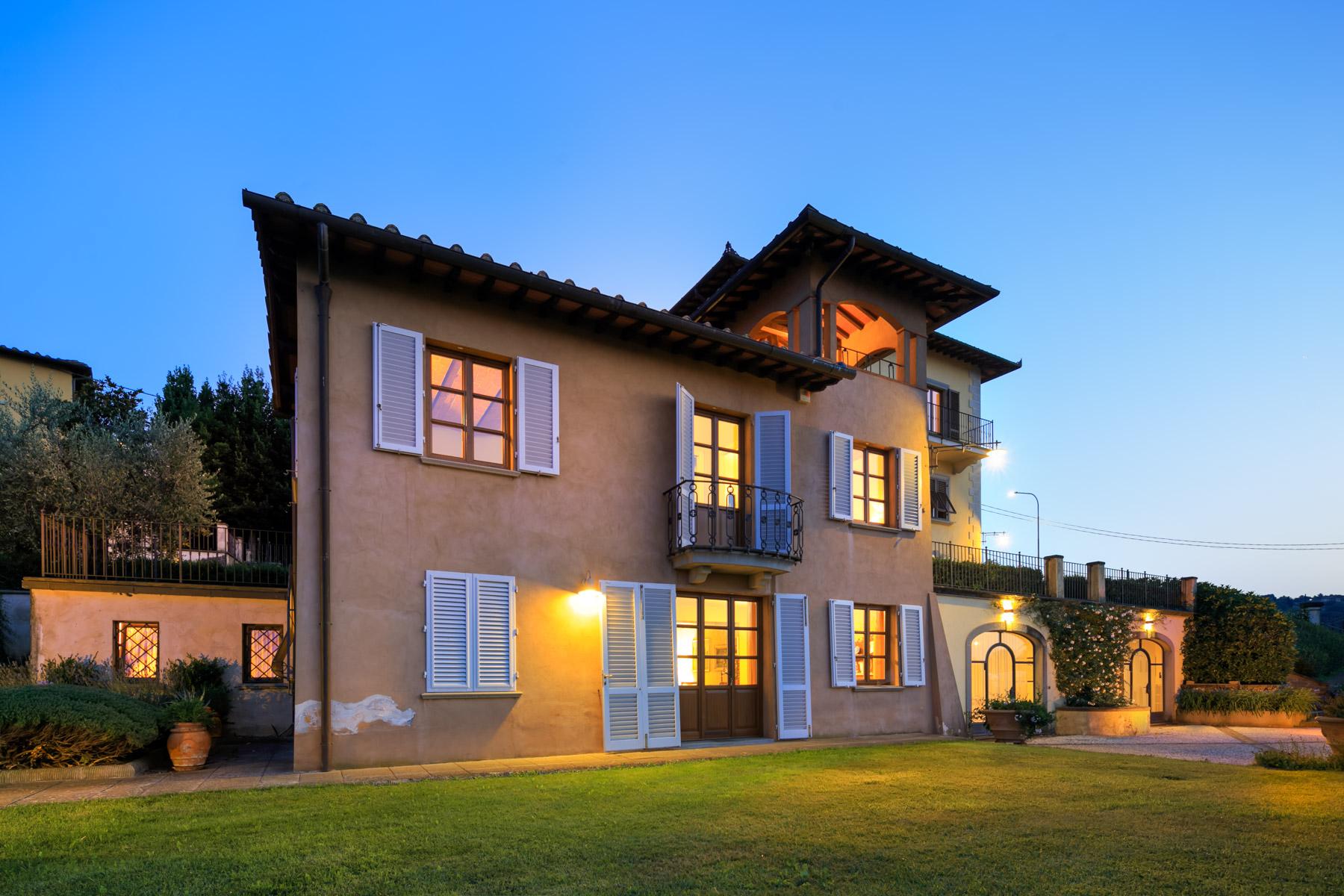 Villa in Vendita a Lastra A Signa: 5 locali, 800 mq - Foto 2