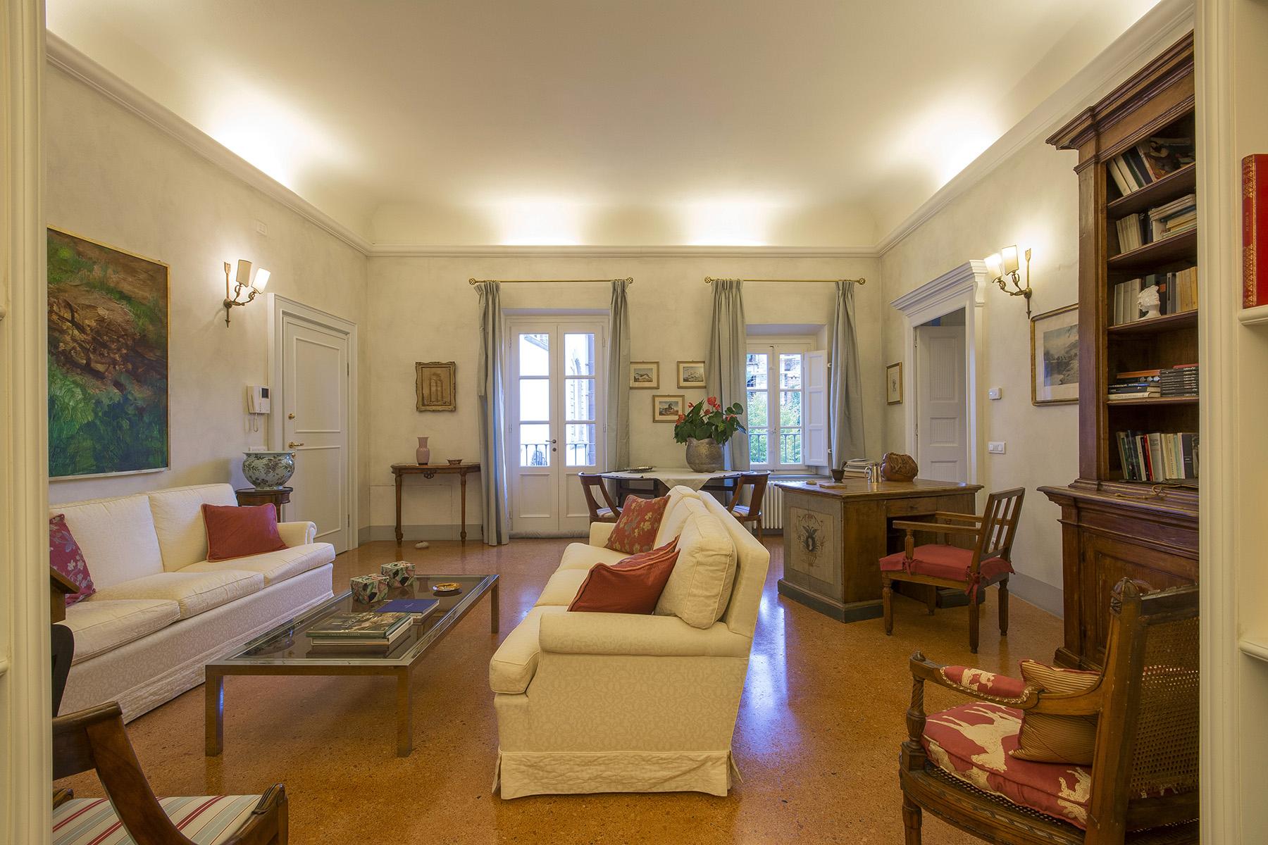 Appartamento in Vendita a Lucca Centro: 5 locali, 86 mq