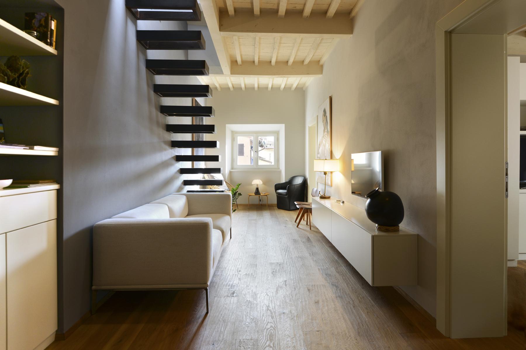 Appartamento in Vendita a Pietrasanta via stagio stagi