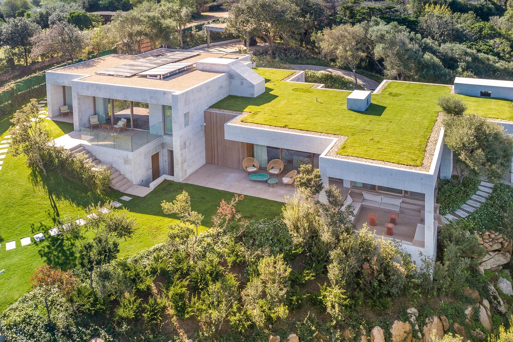 Villa in Vendita a Santa Teresa Gallura