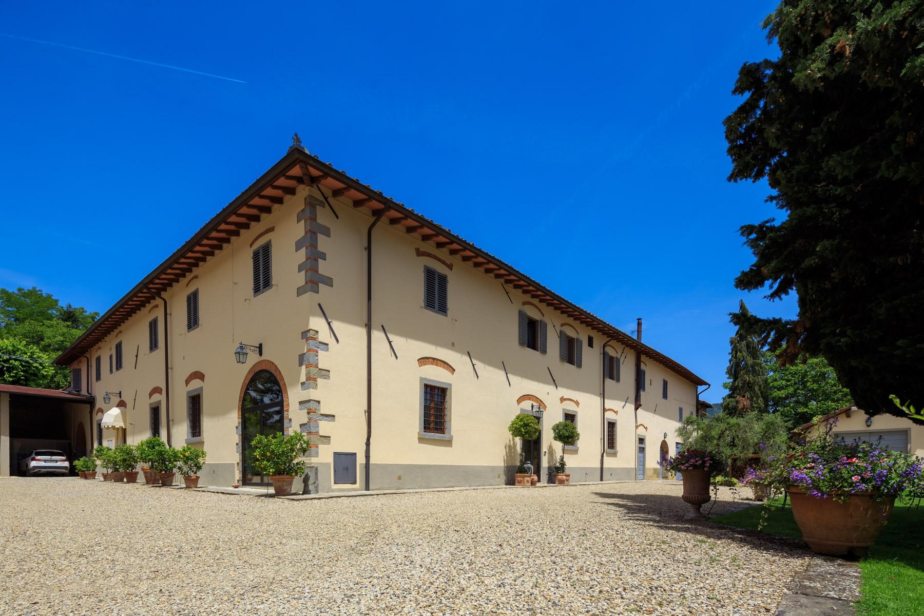Villa in Vendita a Vicchio: 5 locali, 3000 mq - Foto 2