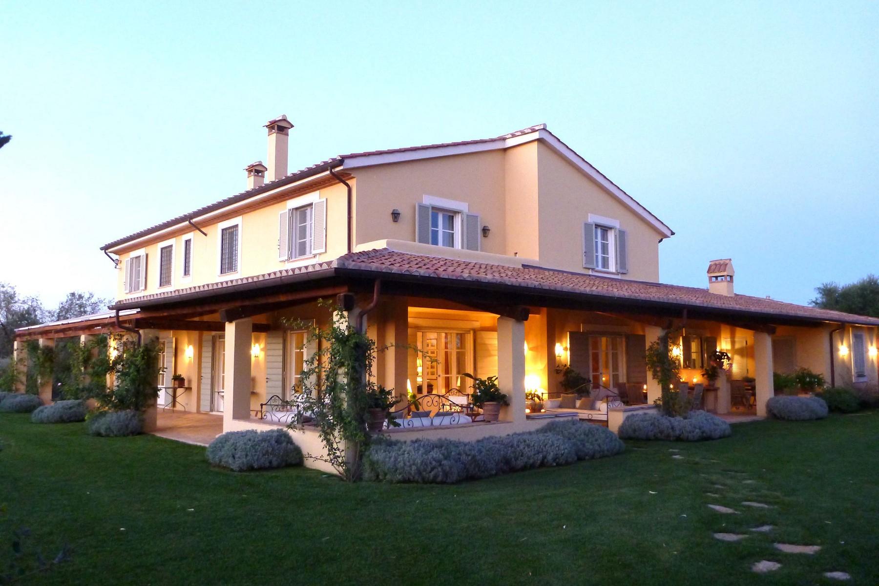 Villa in Vendita a Magliano In Toscana: 5 locali, 723 mq