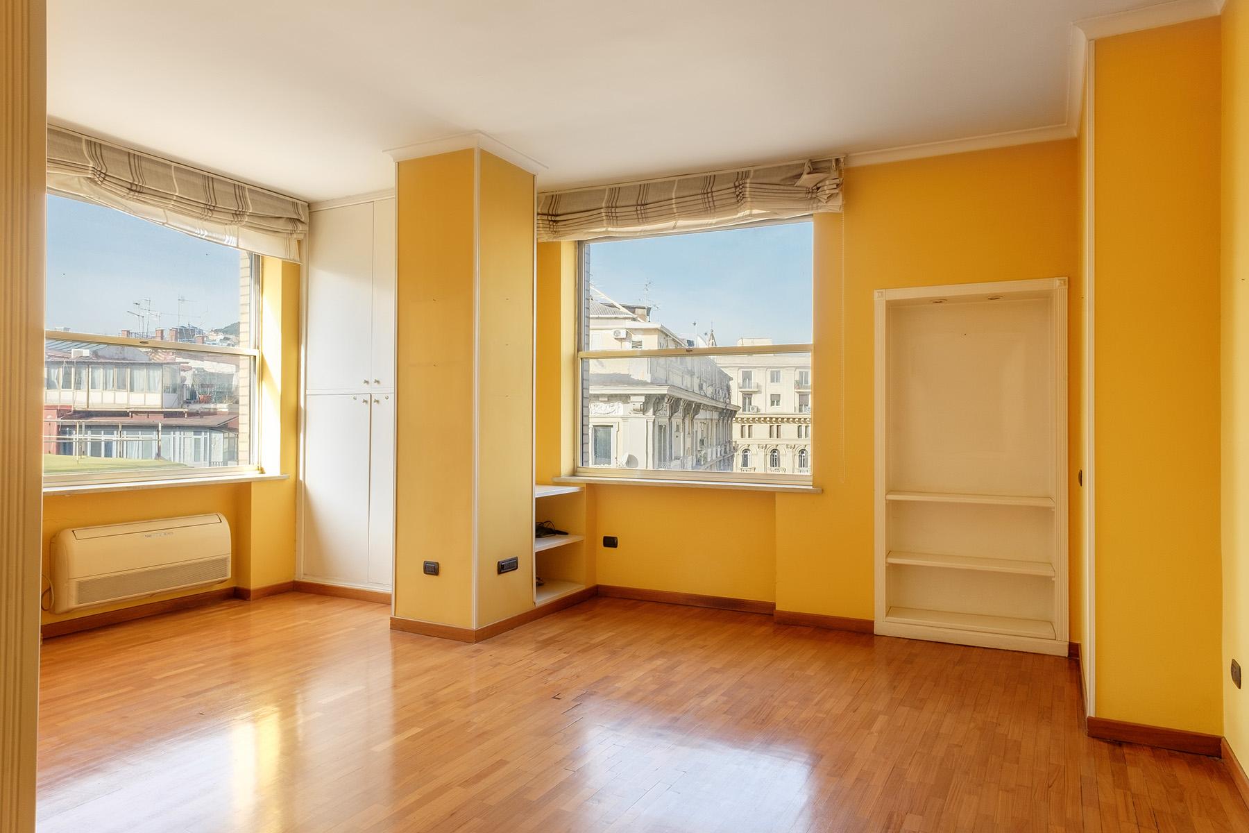 Appartamento in Vendita a Napoli: 5 locali, 240 mq - Foto 7