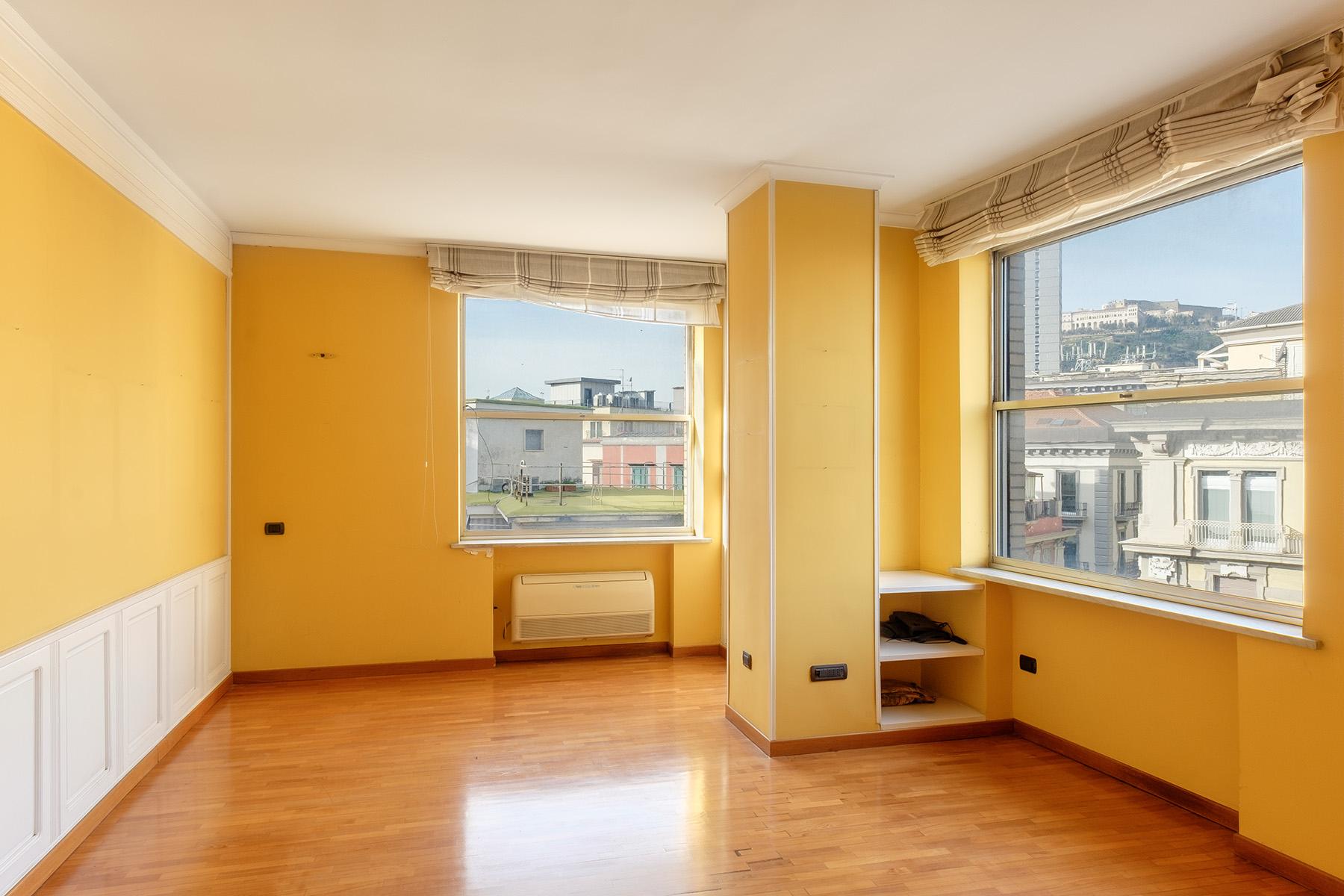 Appartamento in Vendita a Napoli: 5 locali, 240 mq - Foto 5