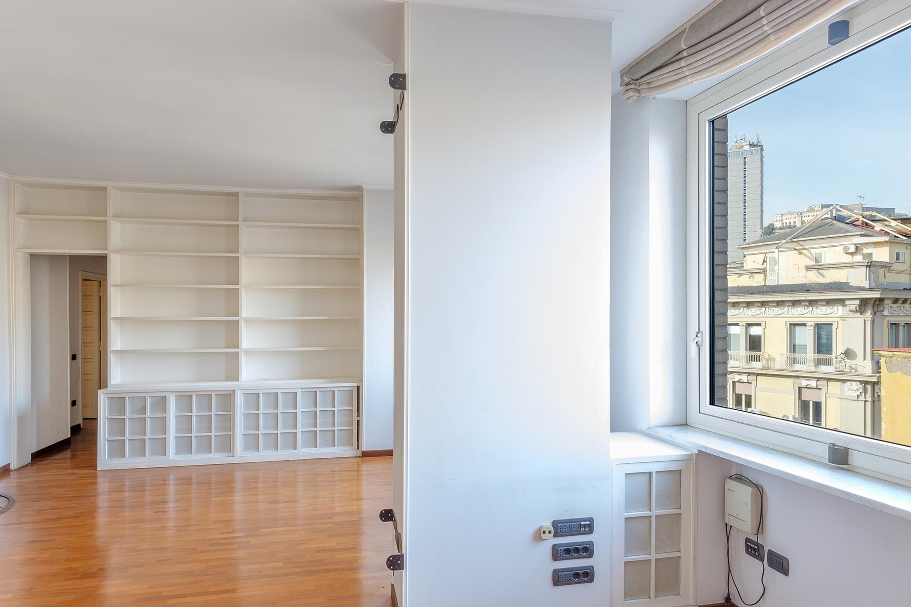Appartamento in Vendita a Napoli: 5 locali, 240 mq - Foto 12