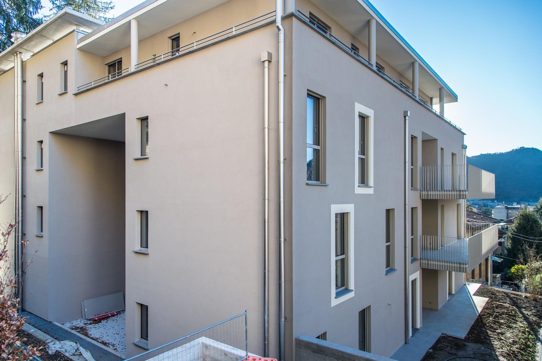 Appartamento in Vendita a Como: 5 locali, 140 mq - Foto 4
