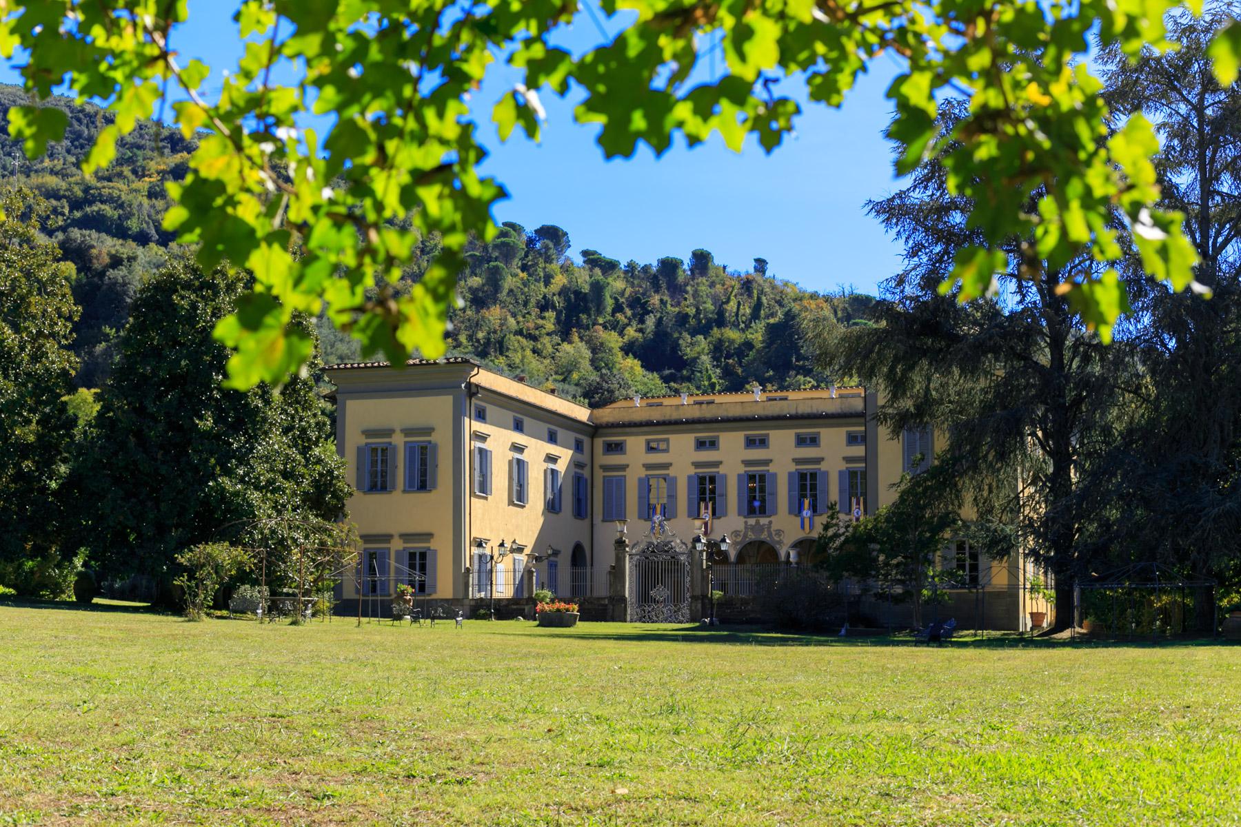 Villa in Vendita a San Giuliano Terme via statale abetone