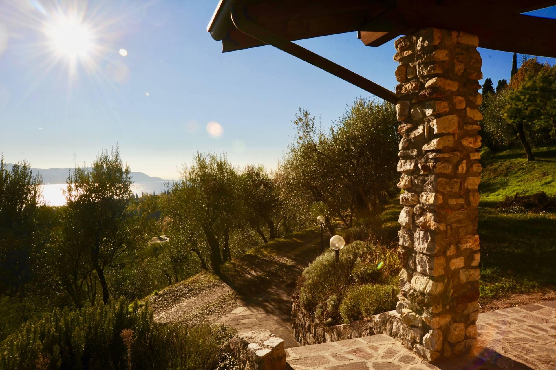 Casa indipendente in Vendita a Toscolano-Maderno:  5 locali, 140 mq  - Foto 1