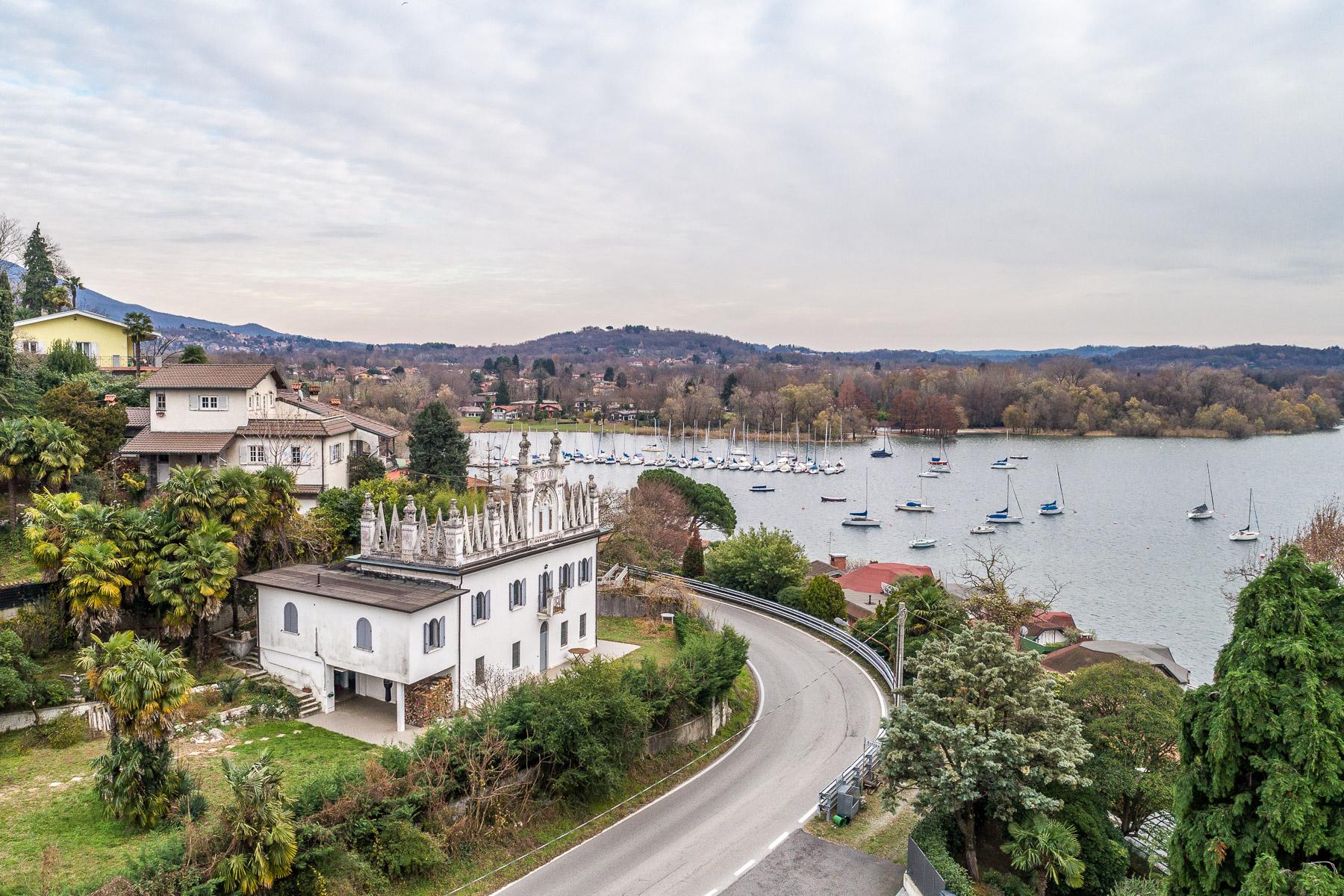 Villa in Vendita a Leggiuno: 5 locali, 350 mq - Foto 3