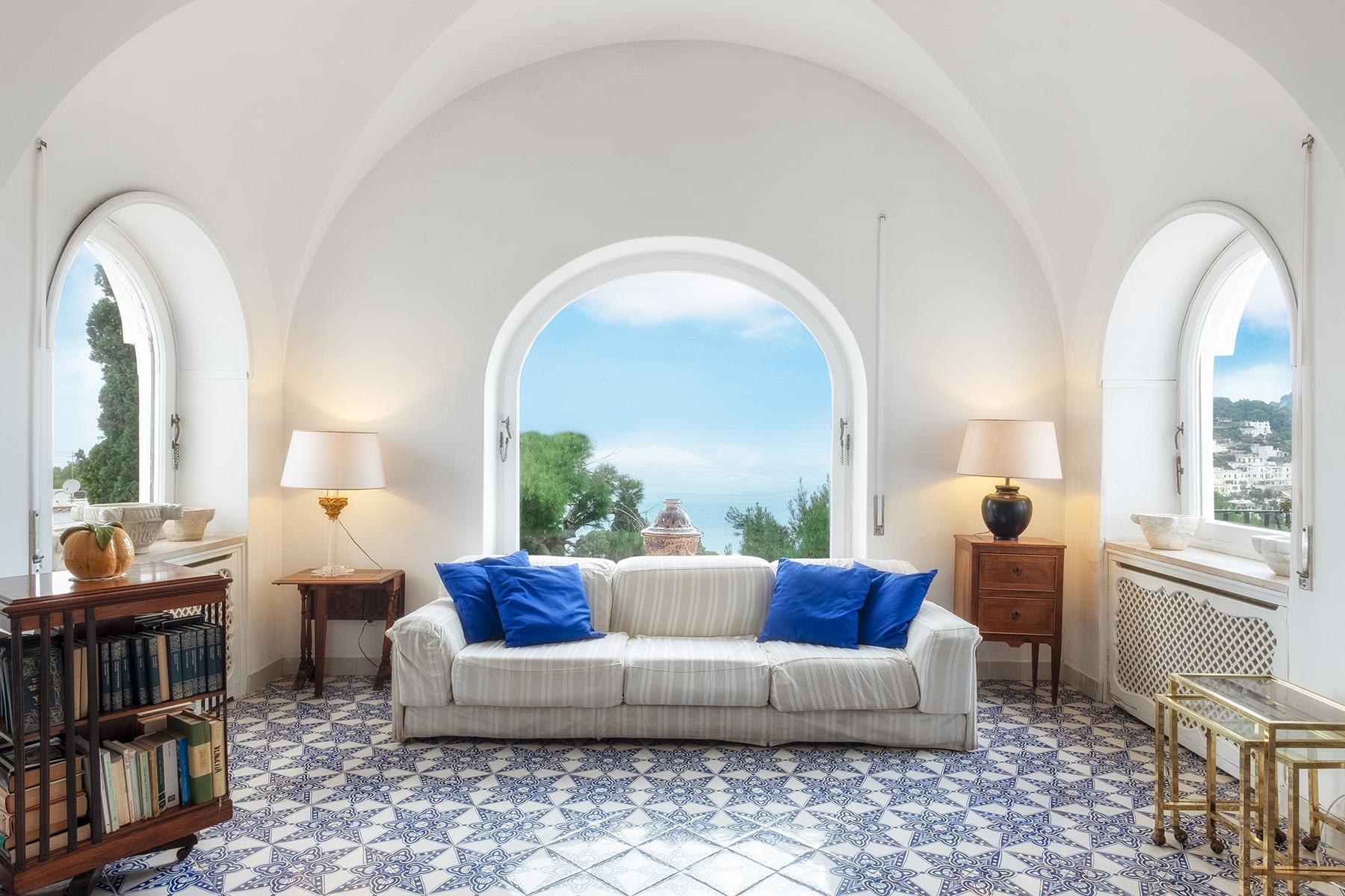 Villa in Vendita a Capri: 5 locali, 500 mq - Foto 2
