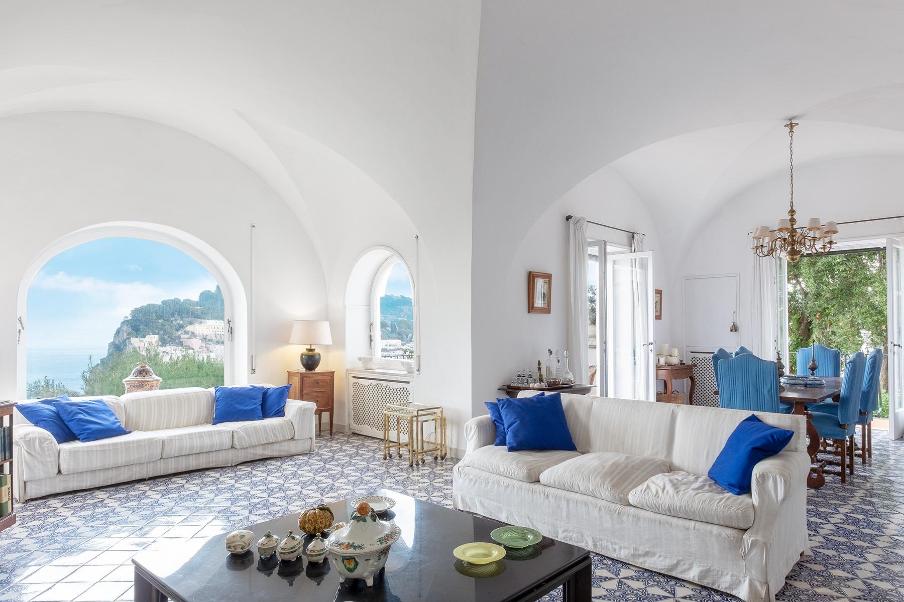 Villa in Vendita a Capri via castiglione