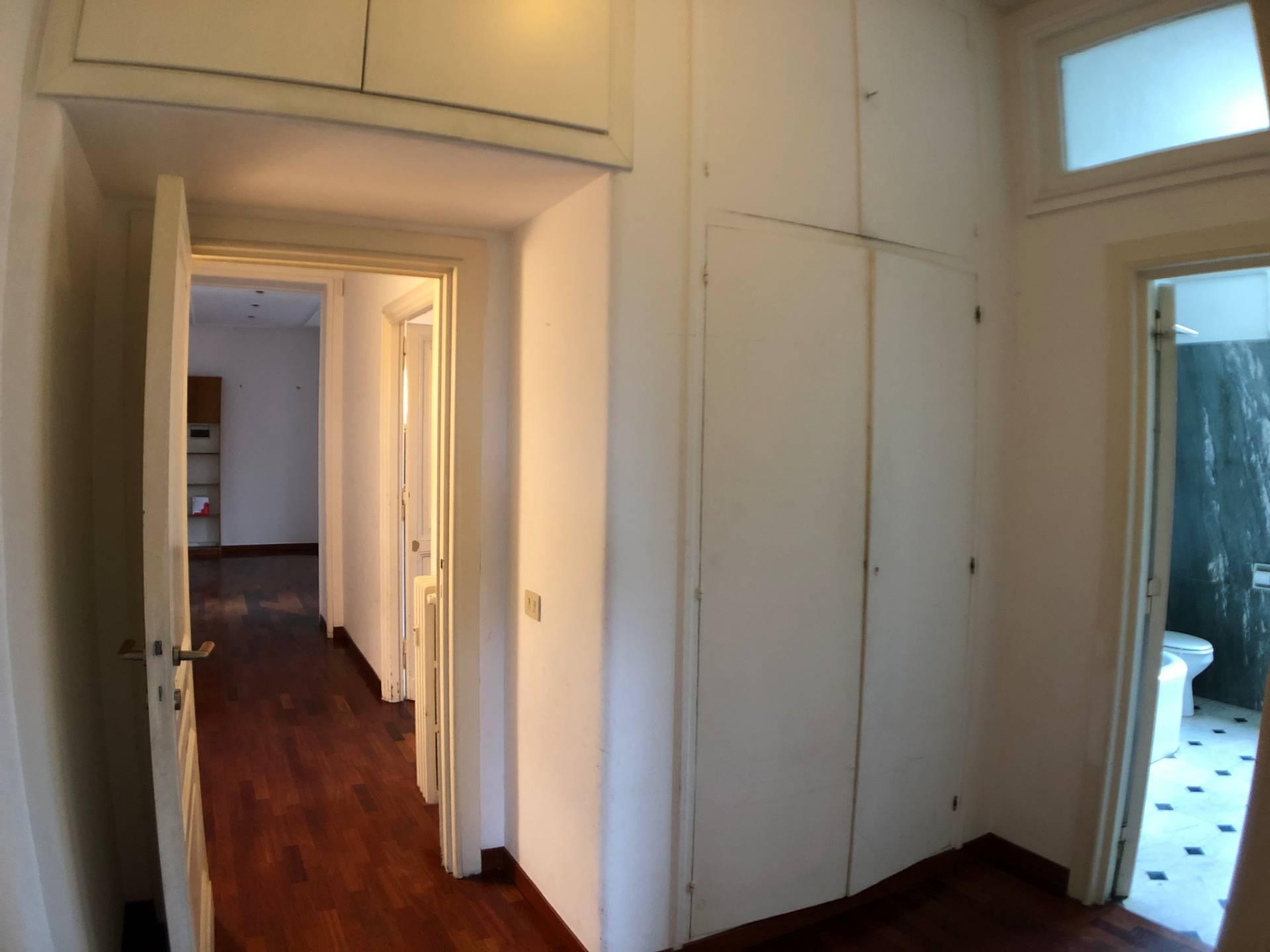 Appartamento di lusso in affitto a roma via nomentana for Affitto castello roma
