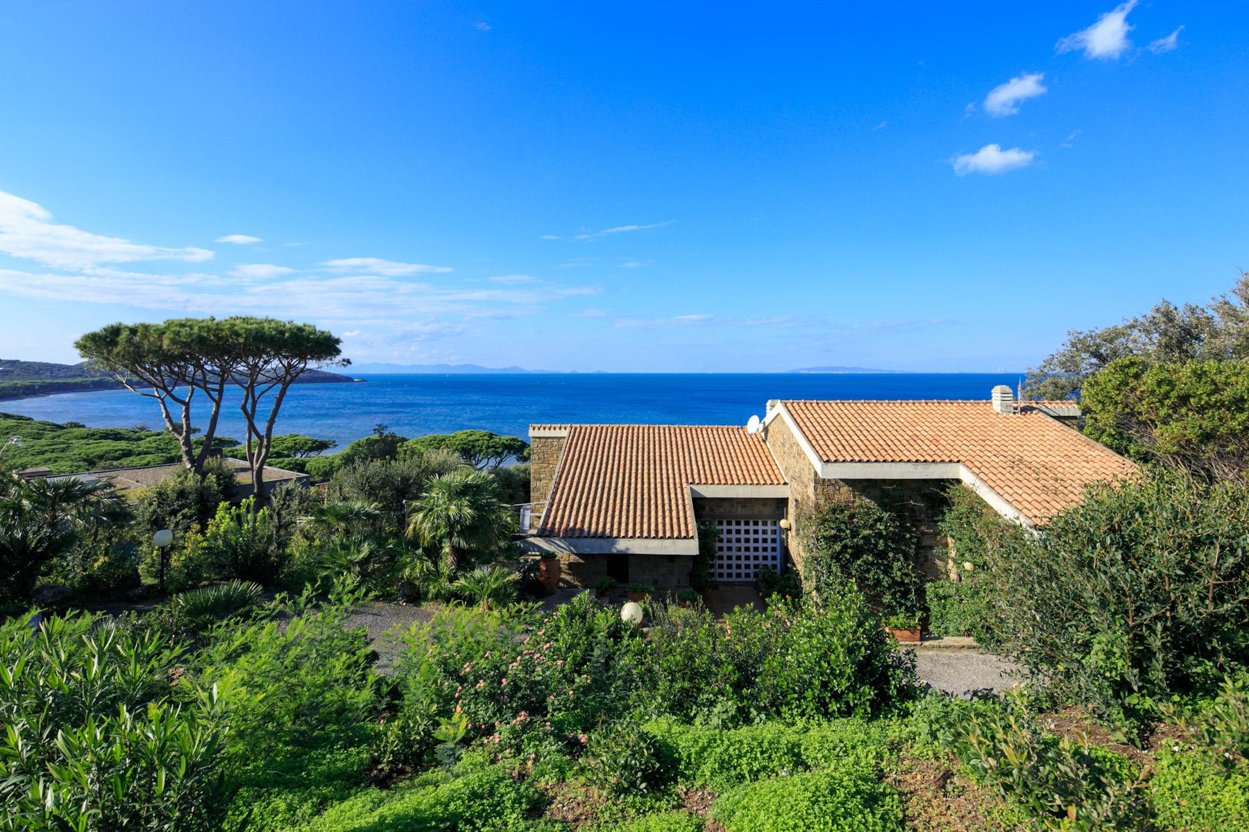 Villa in Vendita a Castiglione Della Pescaia: 5 locali, 400 mq
