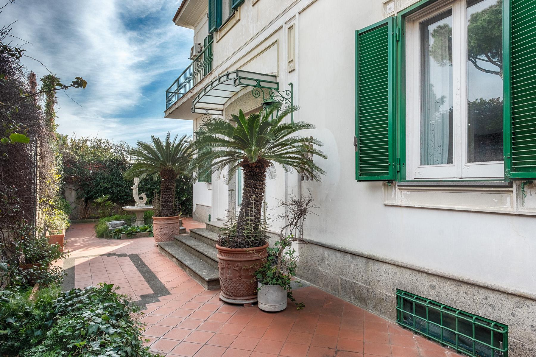 Villa in Vendita a Napoli: 5 locali, 350 mq - Foto 3