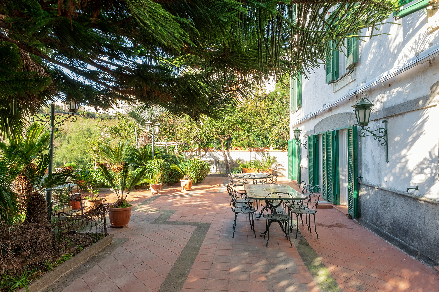 Villa in Vendita a Napoli: 5 locali, 350 mq - Foto 2