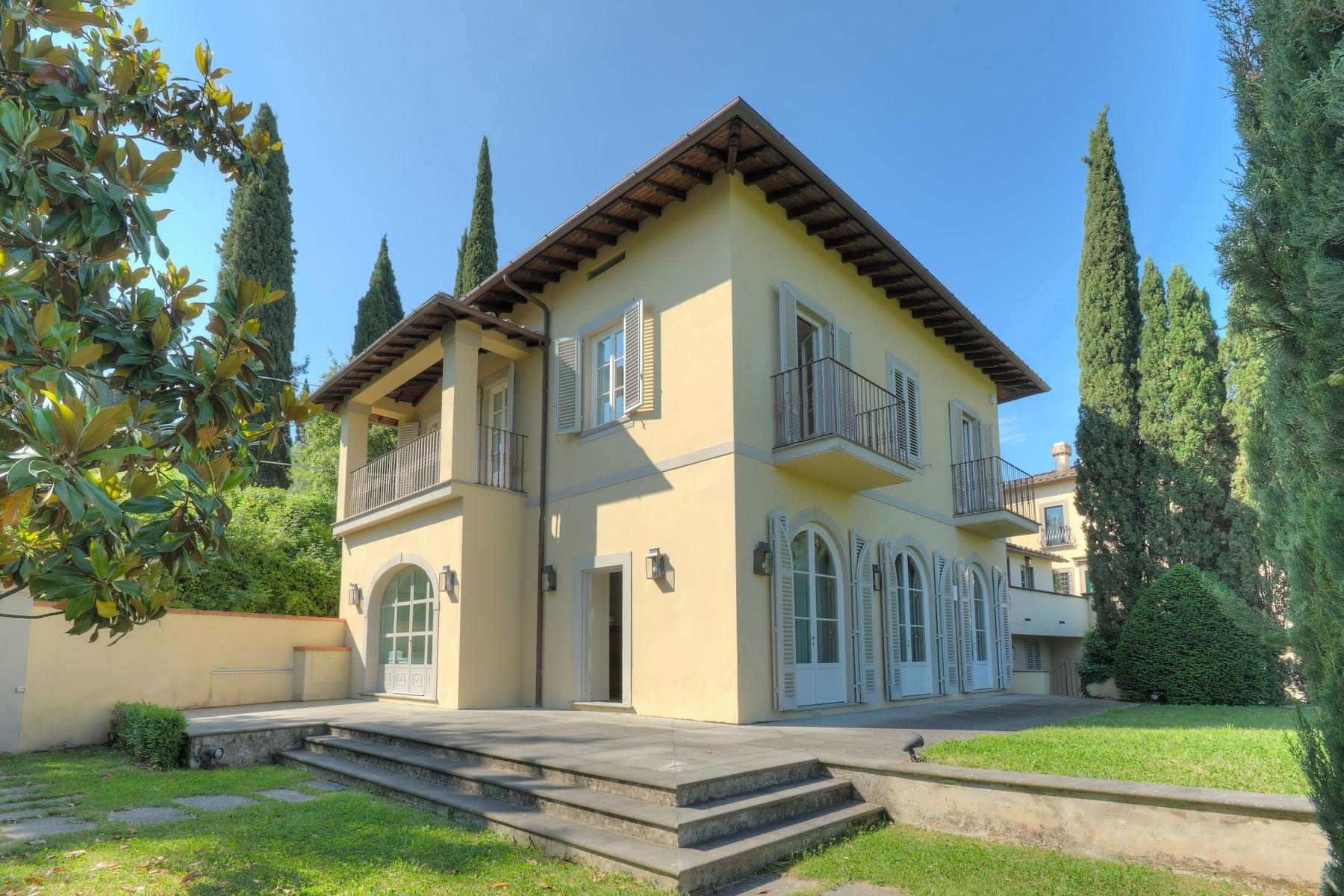 Villa in Vendita a Firenze: 5 locali, 360 mq - Foto 2