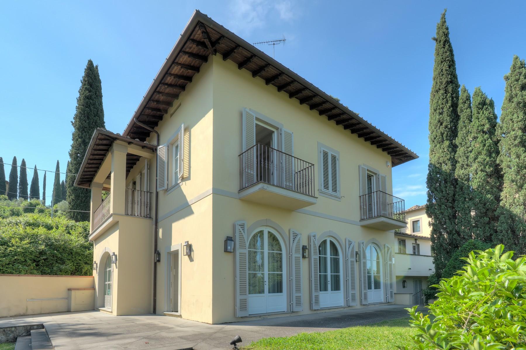 Villa in Vendita a Firenze via di san matteo in arcetri