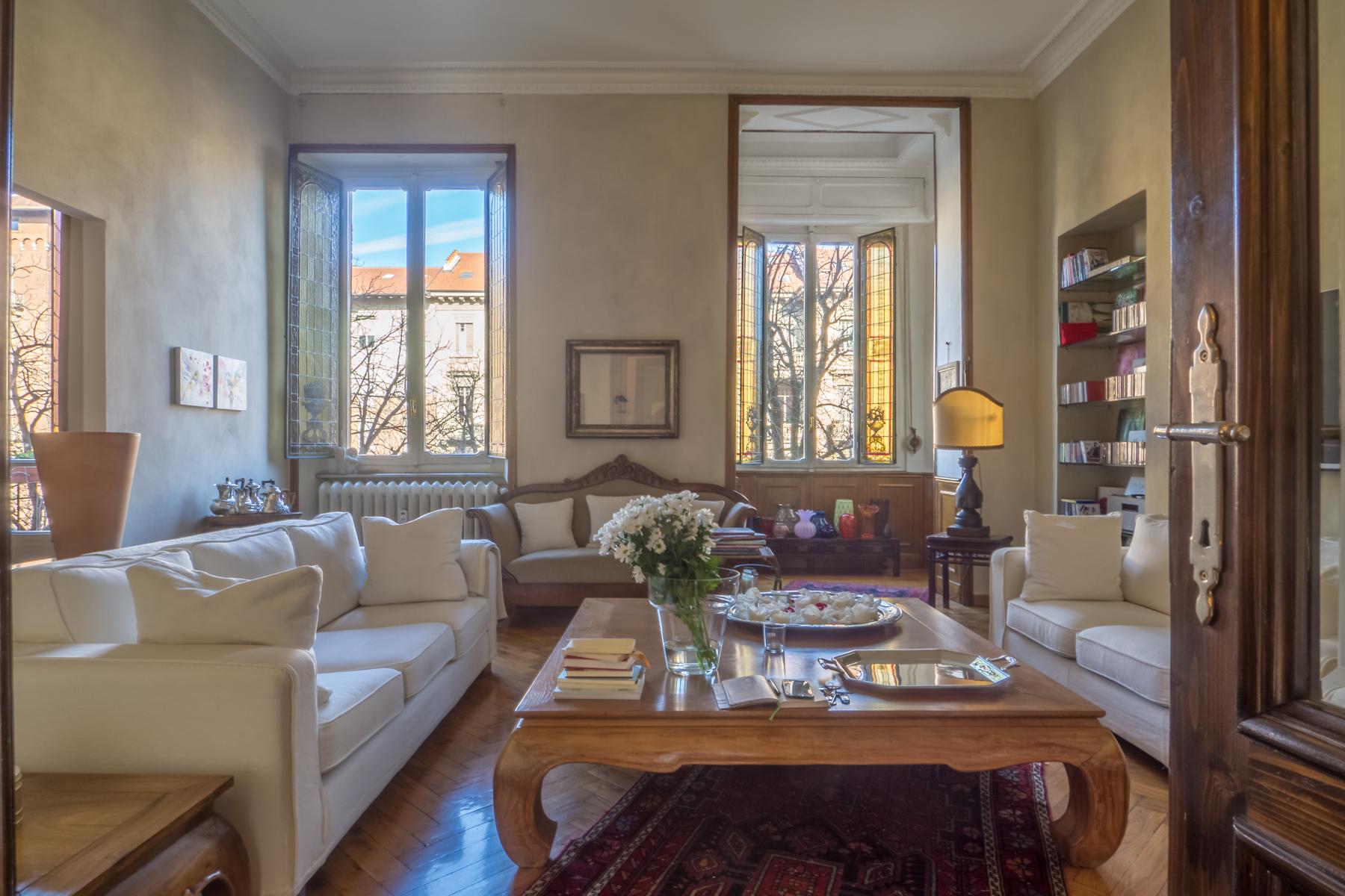 Appartamento in Vendita a Torino Centro: 5 locali, 153 mq