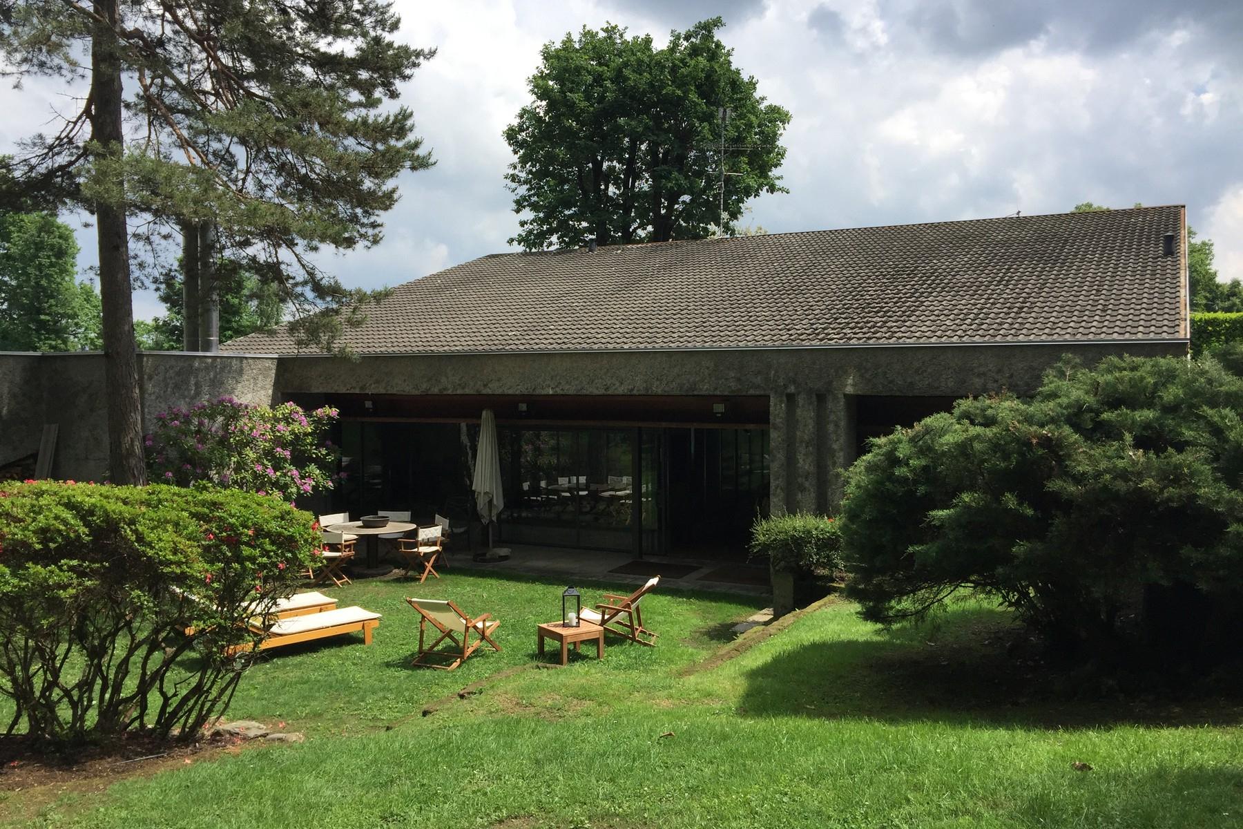 Villa in Vendita a Cantu' cascina pelada
