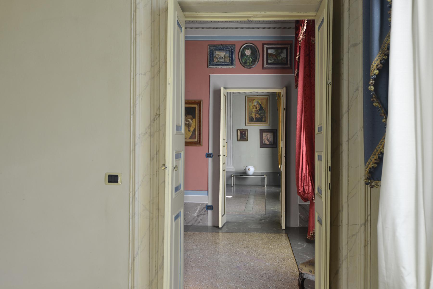 Appartamento in Vendita a Lucca: 5 locali, 230 mq - Foto 8