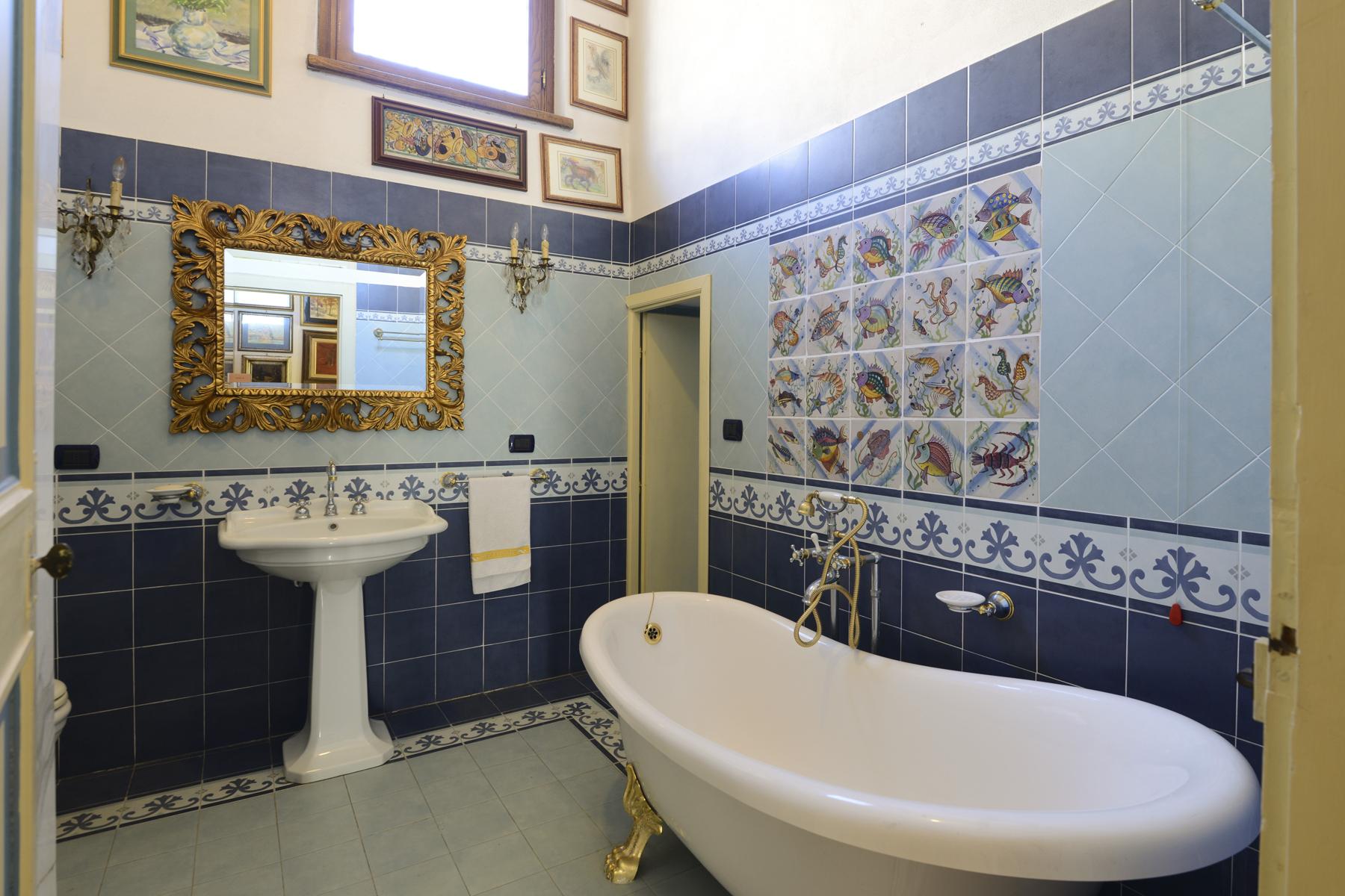 Appartamento in Vendita a Lucca: 5 locali, 230 mq - Foto 11