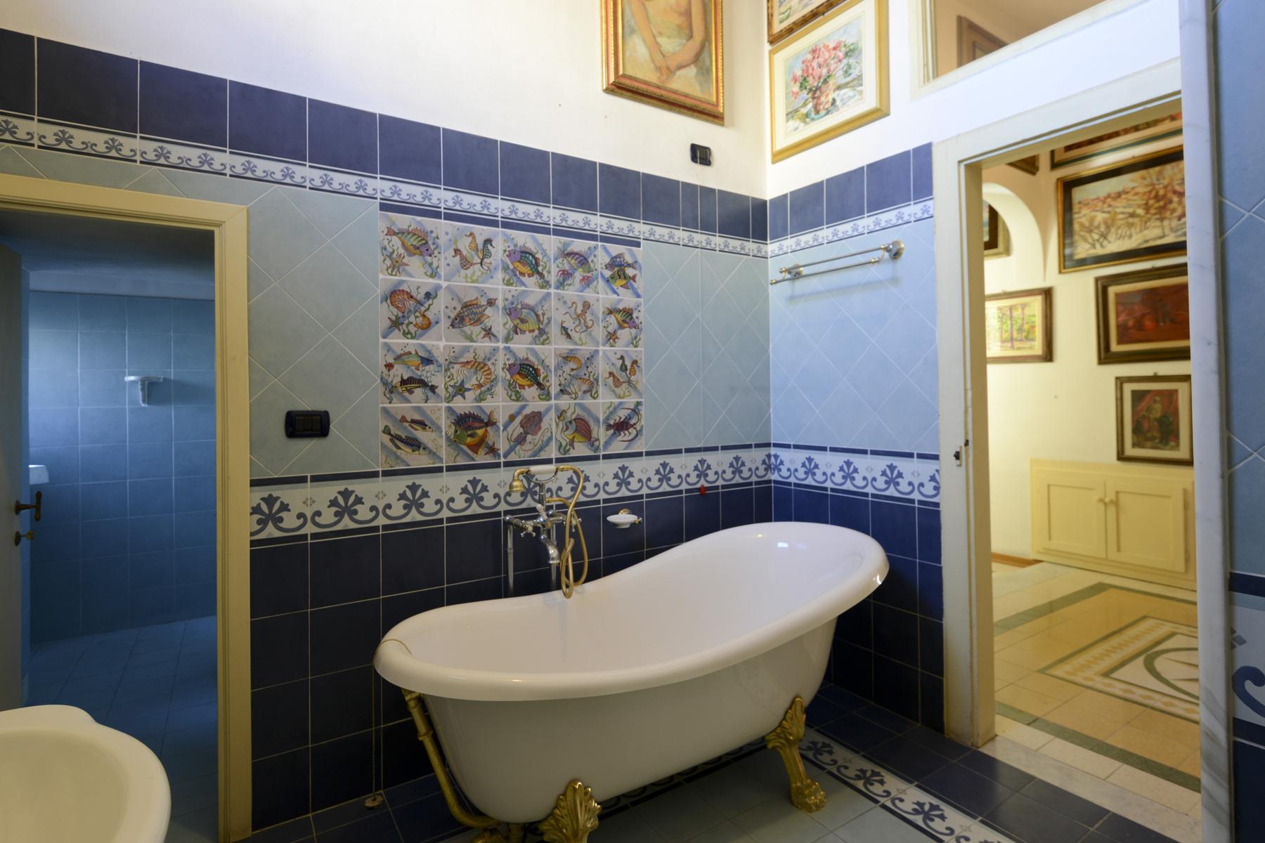 Appartamento in Vendita a Lucca: 5 locali, 230 mq - Foto 24