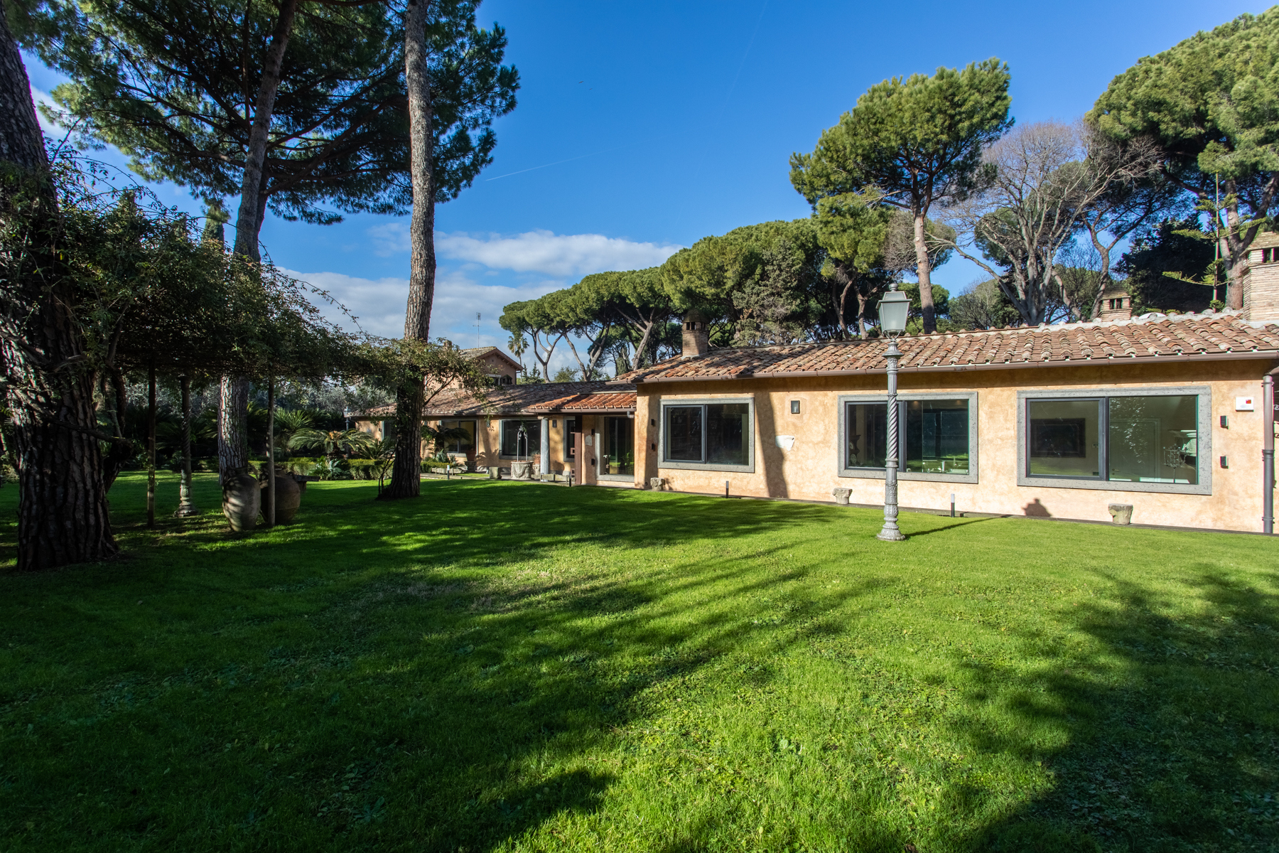 Villa in Vendita a Roma: 5 locali, 380 mq - Foto 2