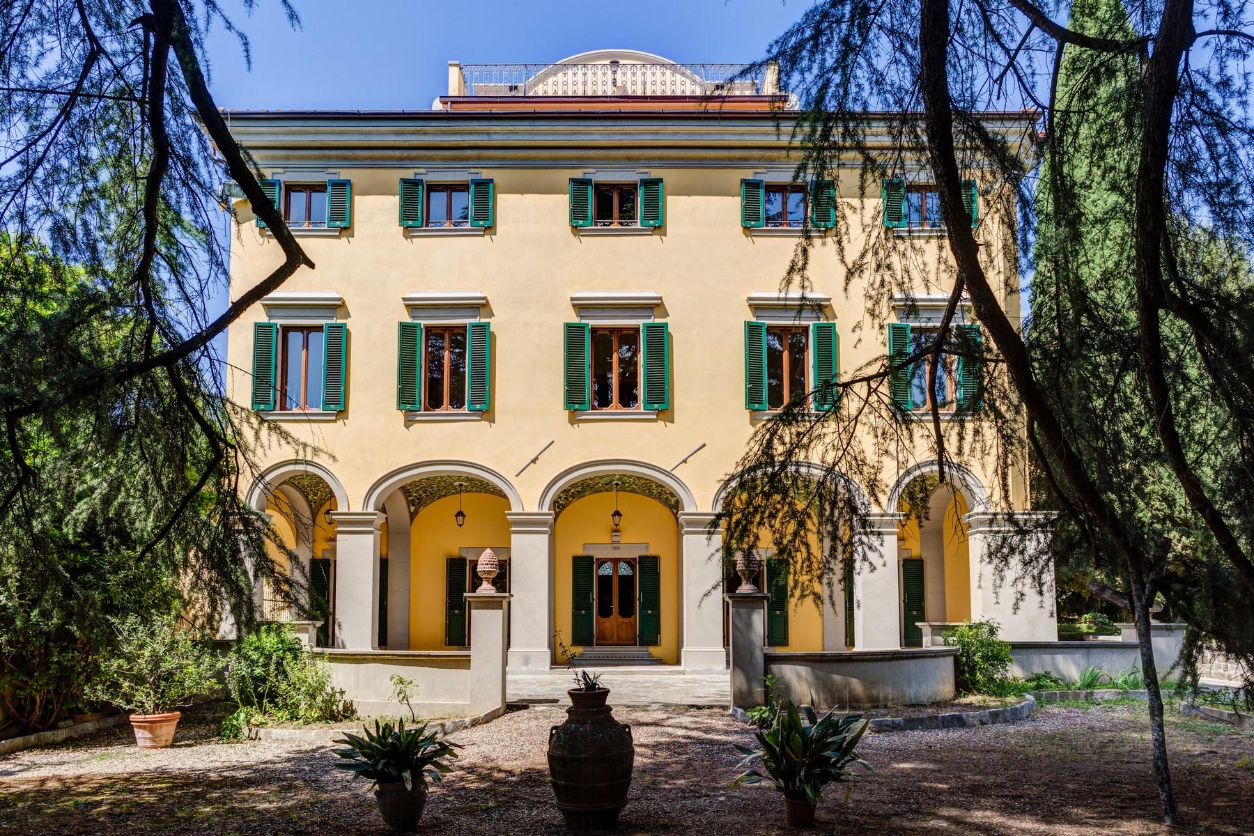 Villa in Vendita a Firenze: 5 locali, 3300 mq - Foto 3