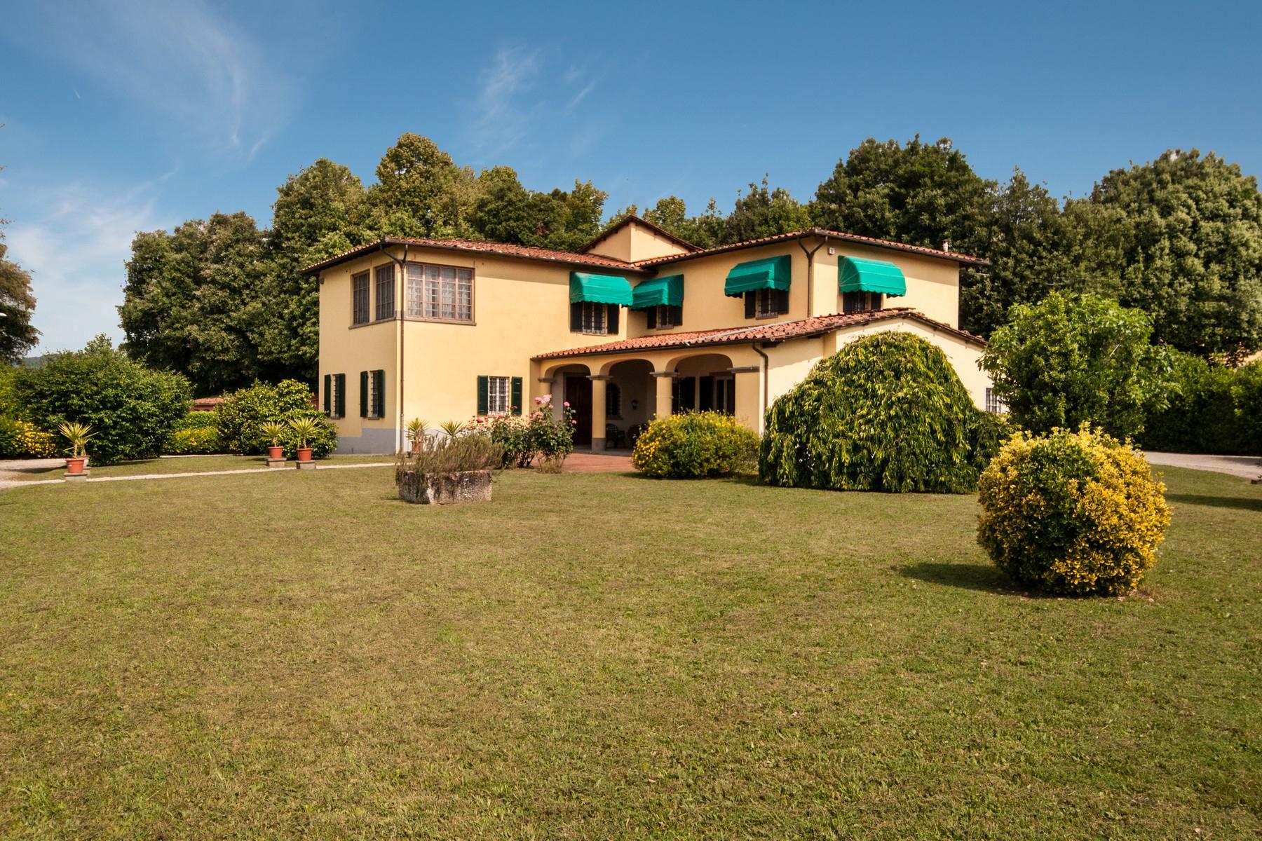 Villa in Vendita a Lucca:  5 locali, 400 mq  - Foto 1