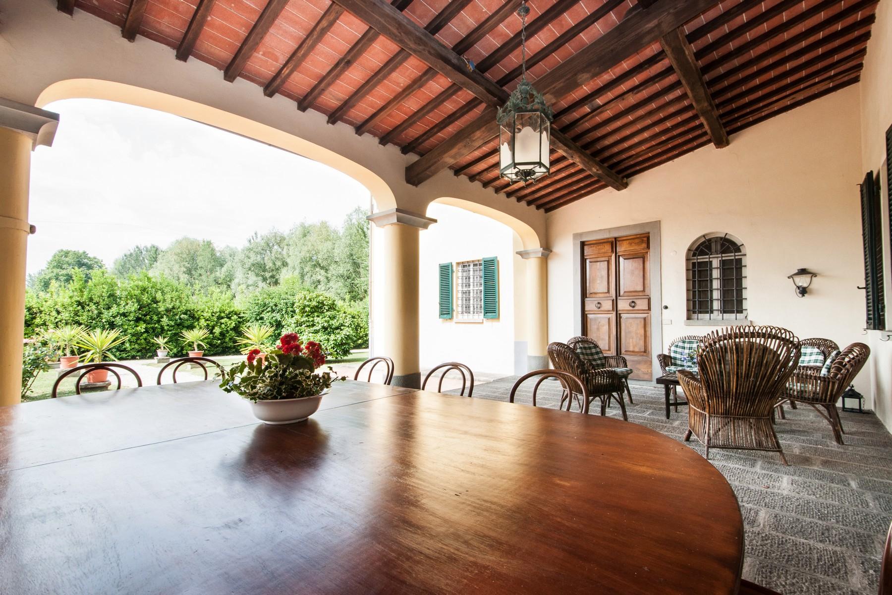 Villa in Vendita a Lucca: 5 locali, 400 mq - Foto 3