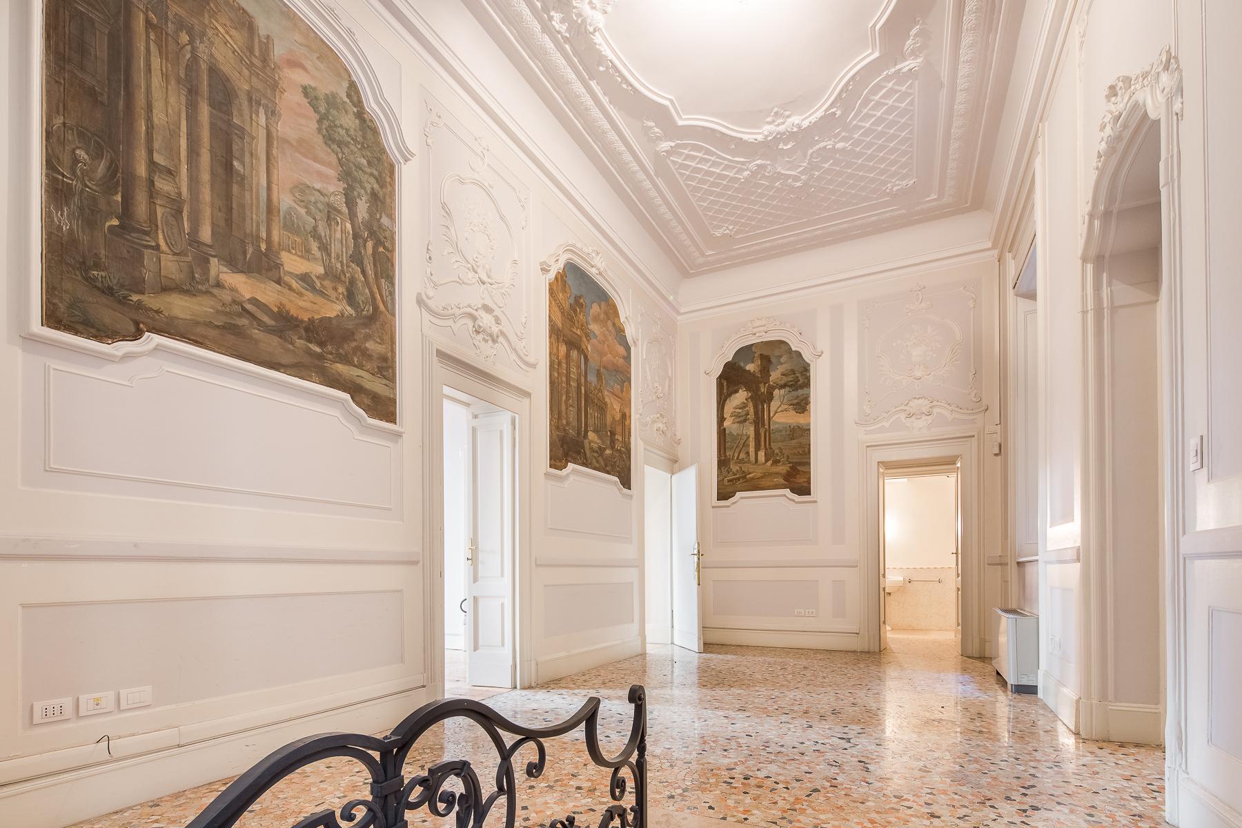 Ufficio-studio in Affitto a Milano 01 Centro storico (Cerchia dei Navigli): 4 locali, 150 mq