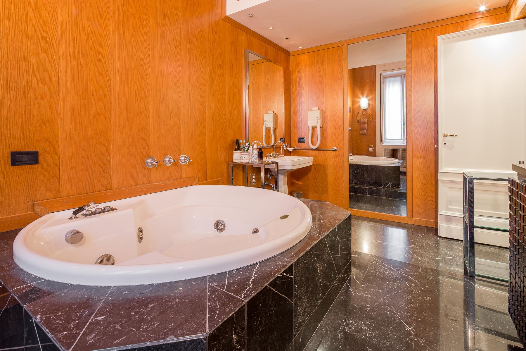 Appartamento in Vendita a Milano: 5 locali, 358 mq - Foto 10