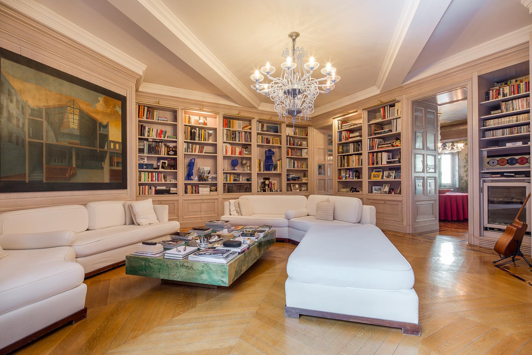 Appartamento in Vendita a Milano via cappuccini