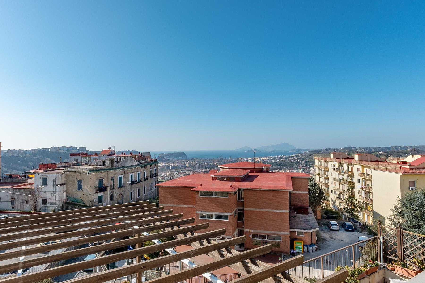 Appartamento in Vendita a Napoli: 5 locali, 220 mq - Foto 13