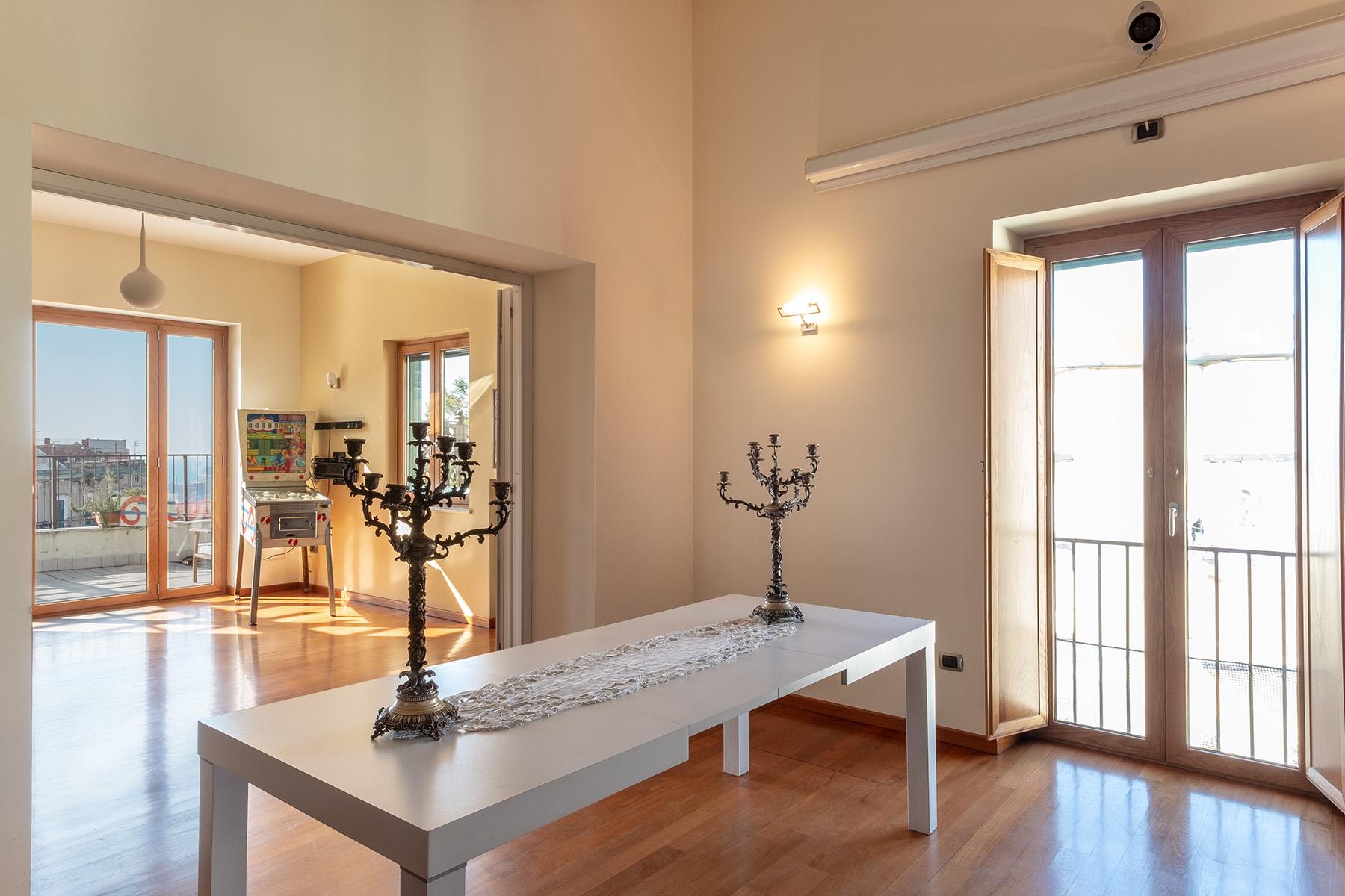 Appartamento in Vendita a Napoli: 5 locali, 220 mq - Foto 8