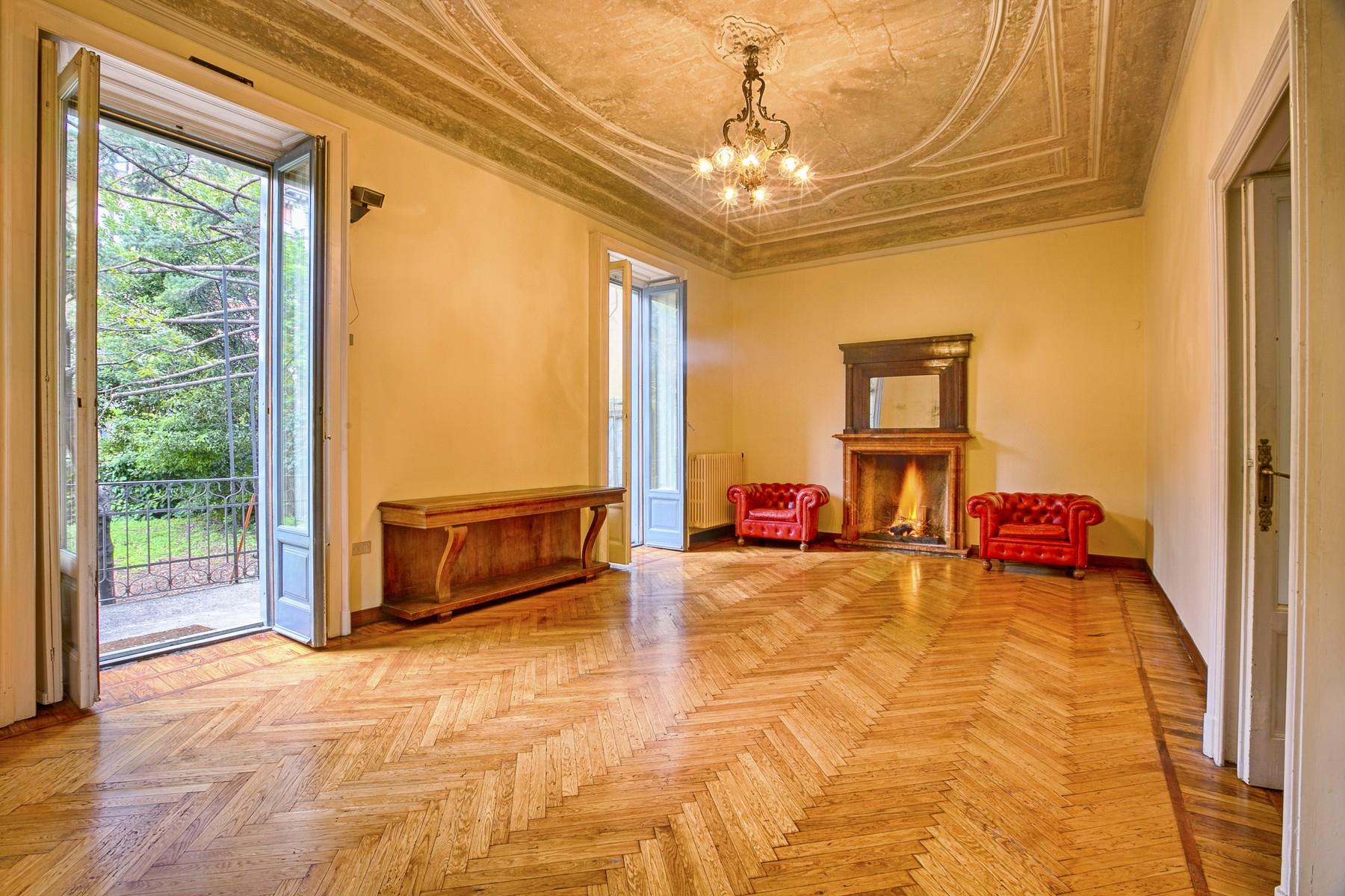 Villa in Affitto a Milano via frescobaldi