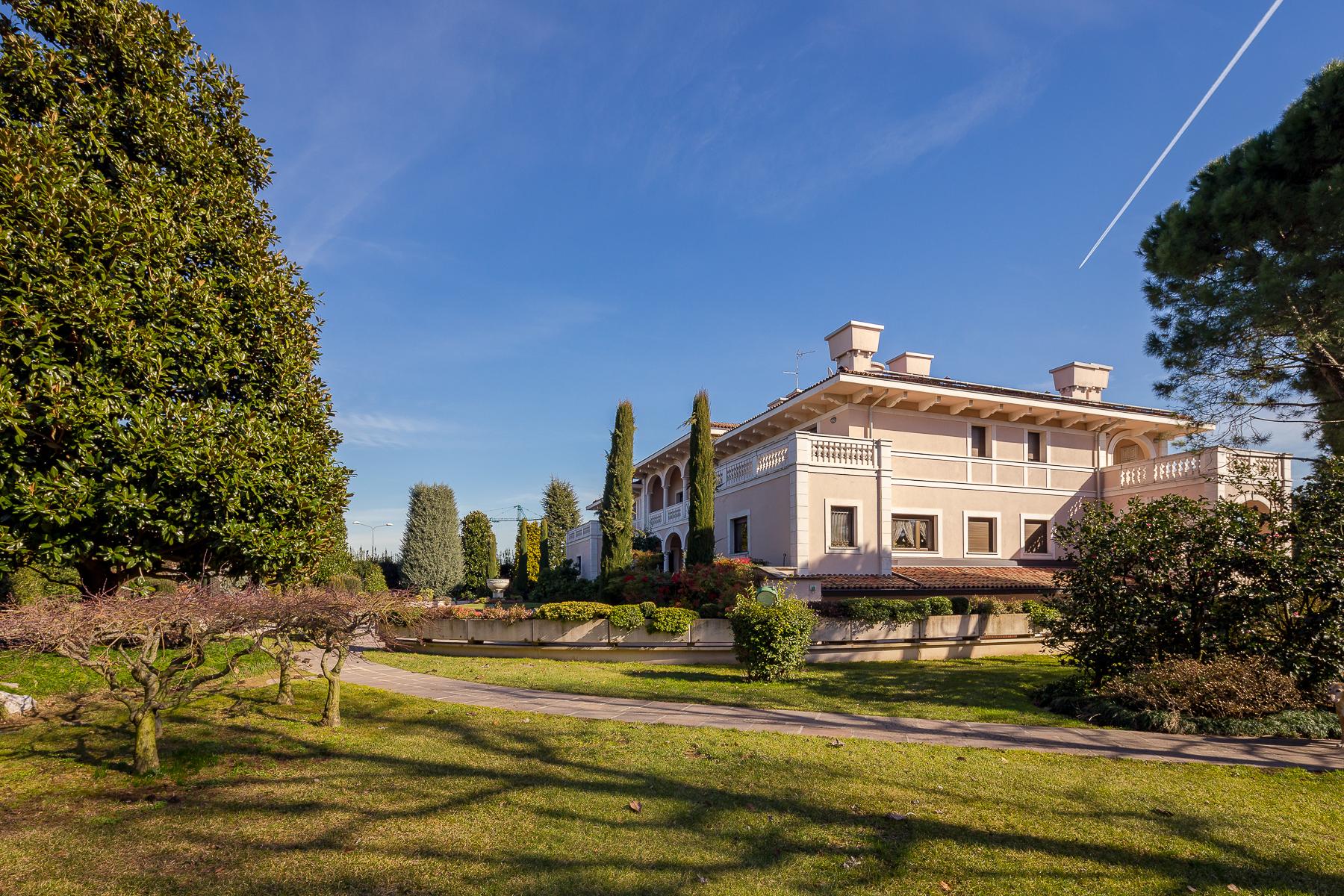 Villa in Vendita a Dalmine: 5 locali, 1600 mq - Foto 18