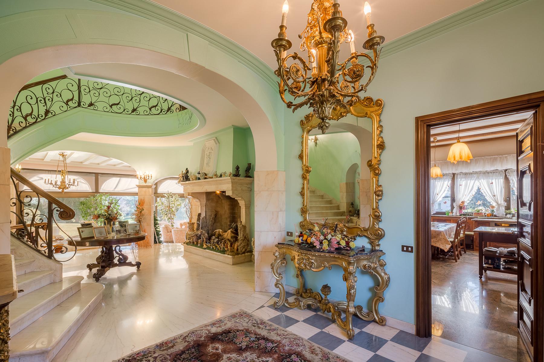 Villa in Vendita a Dalmine: 5 locali, 1600 mq - Foto 9