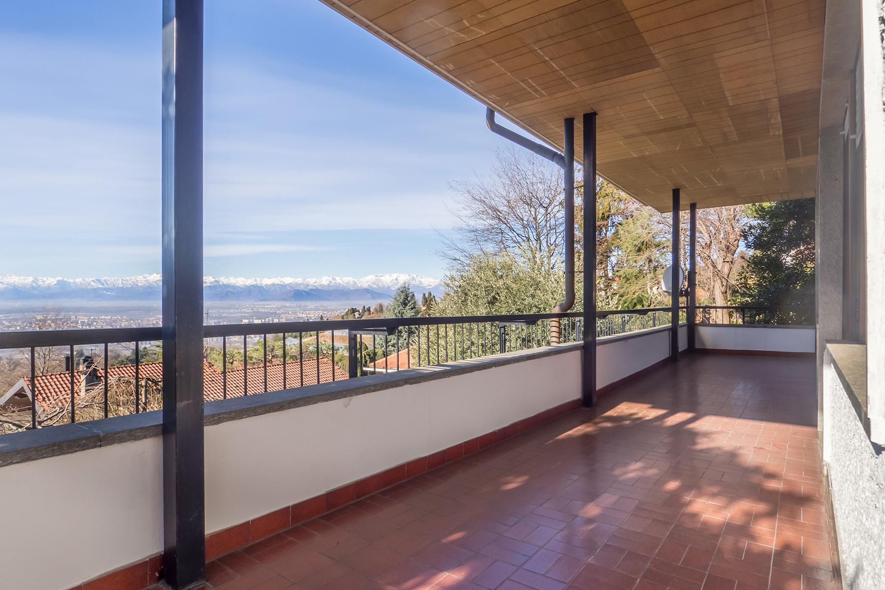Casa indipendente in Vendita a Moncalieri: 5 locali, 310 mq - Foto 3