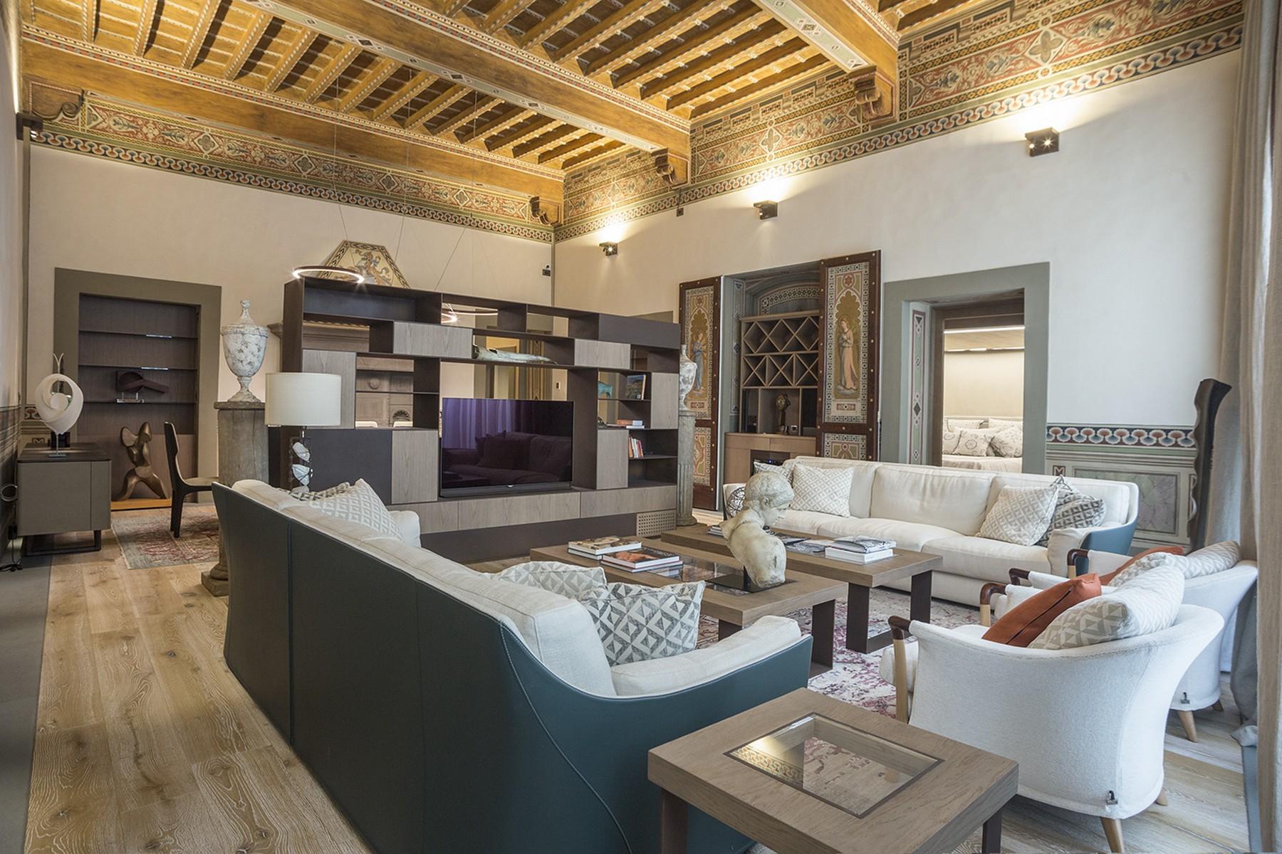 Appartamento in Vendita a Firenze Centro: 5 locali, 360 mq
