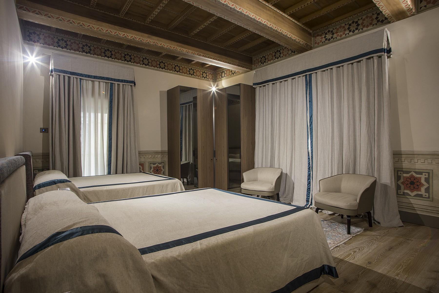 Appartamento in Vendita a Firenze: 5 locali, 360 mq - Foto 11