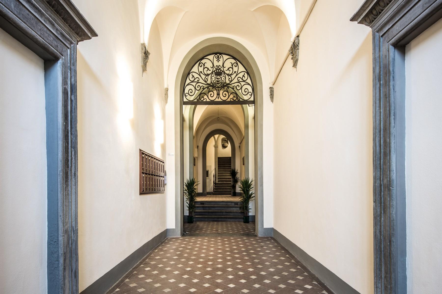 Appartamento in Vendita a Firenze: 5 locali, 360 mq - Foto 16