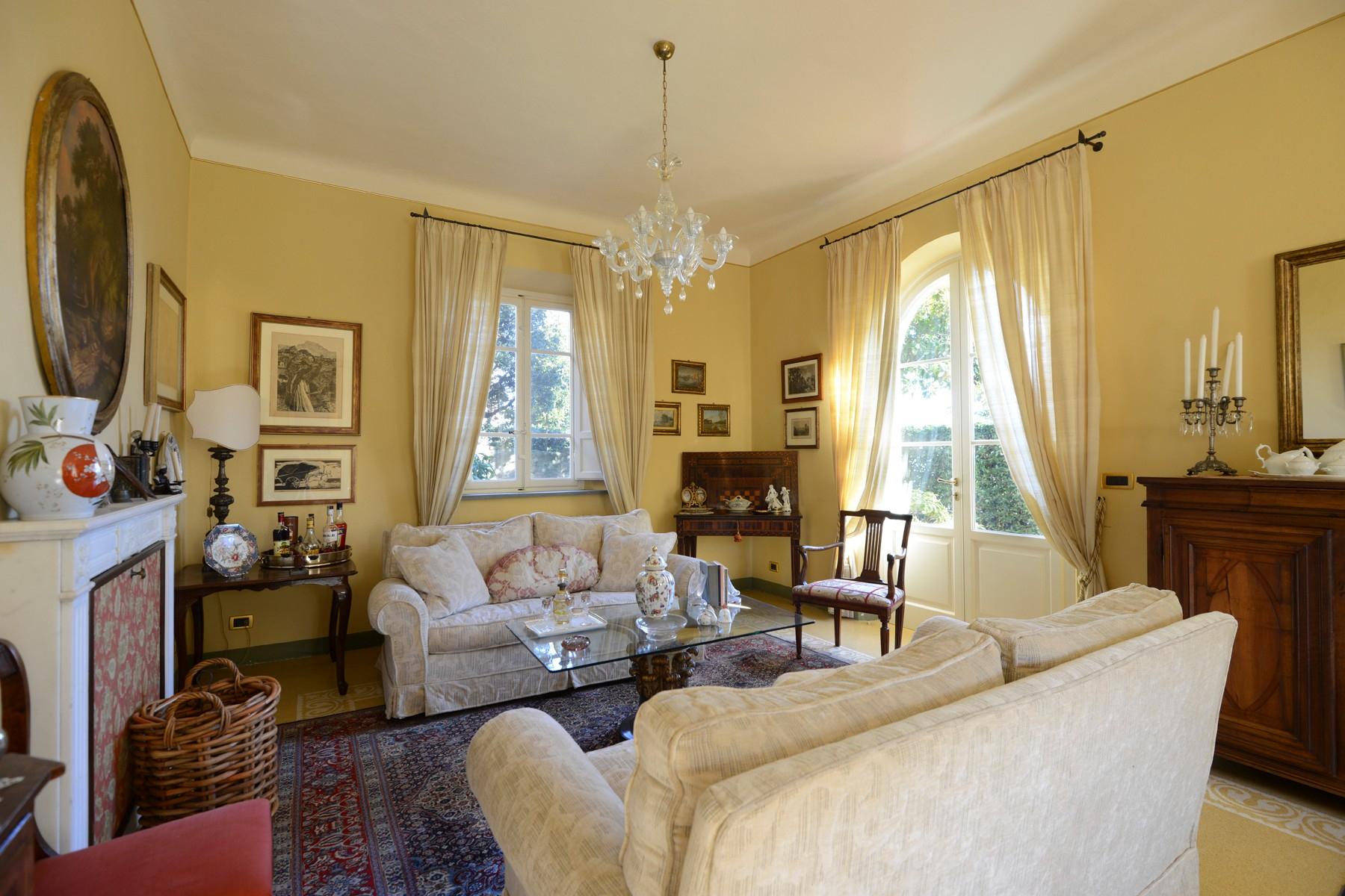 Villa in Vendita a Capannori: 5 locali, 376 mq