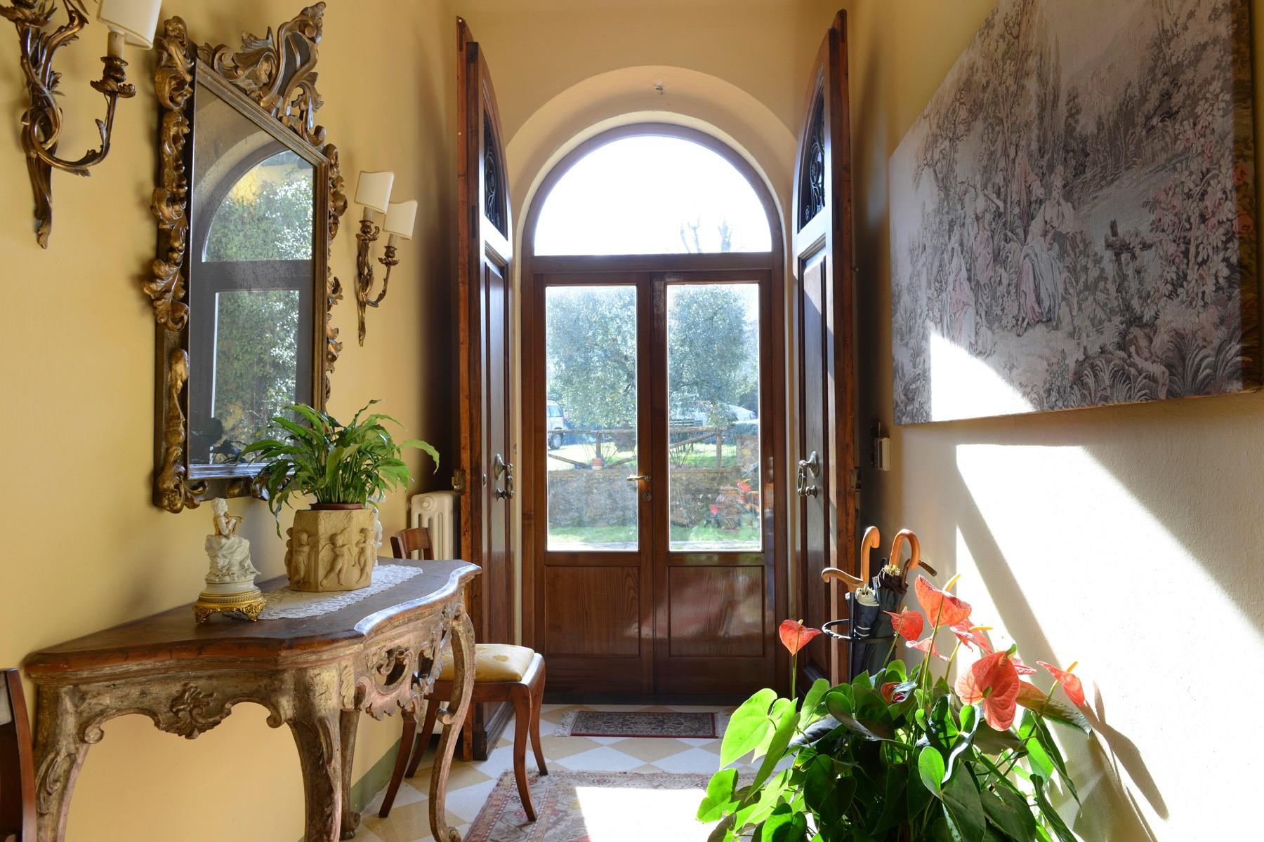Villa in Vendita a Capannori: 5 locali, 376 mq - Foto 2