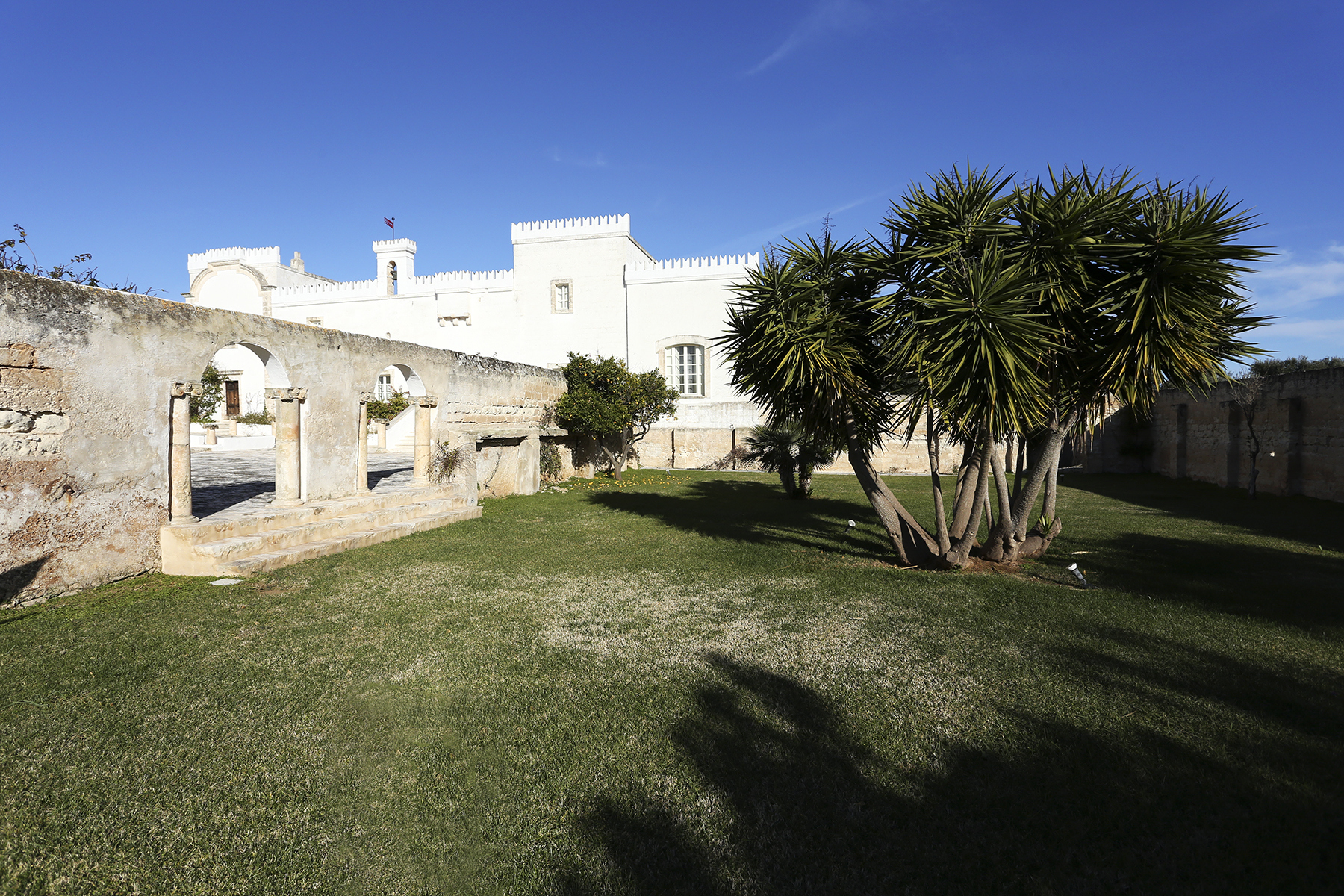 Villa in Vendita a Ostuni: 5 locali, 2200 mq