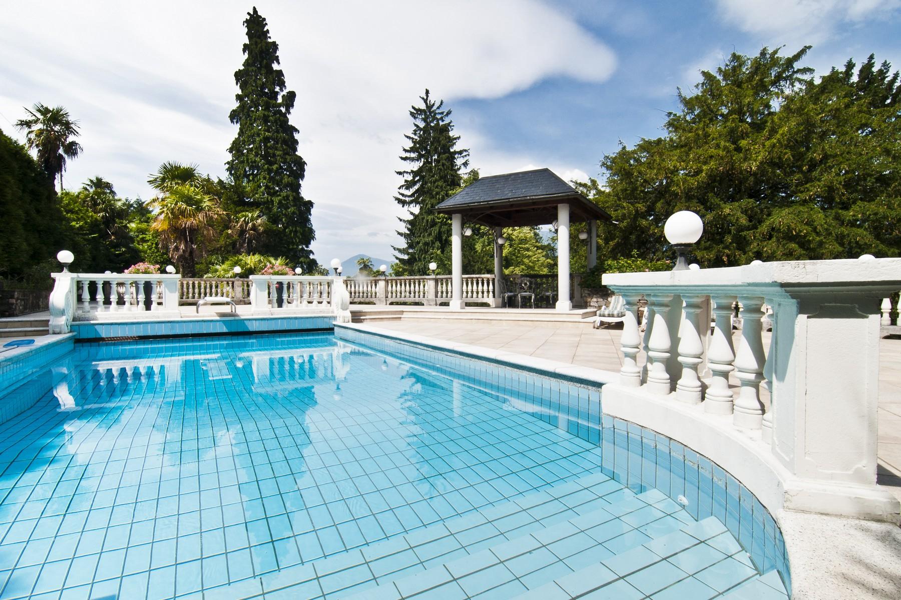 Villa in Vendita a Luino via lugano