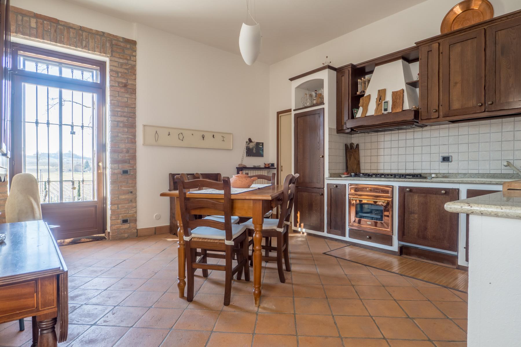 Villa in Vendita a Nizza Monferrato: 5 locali, 400 mq - Foto 3
