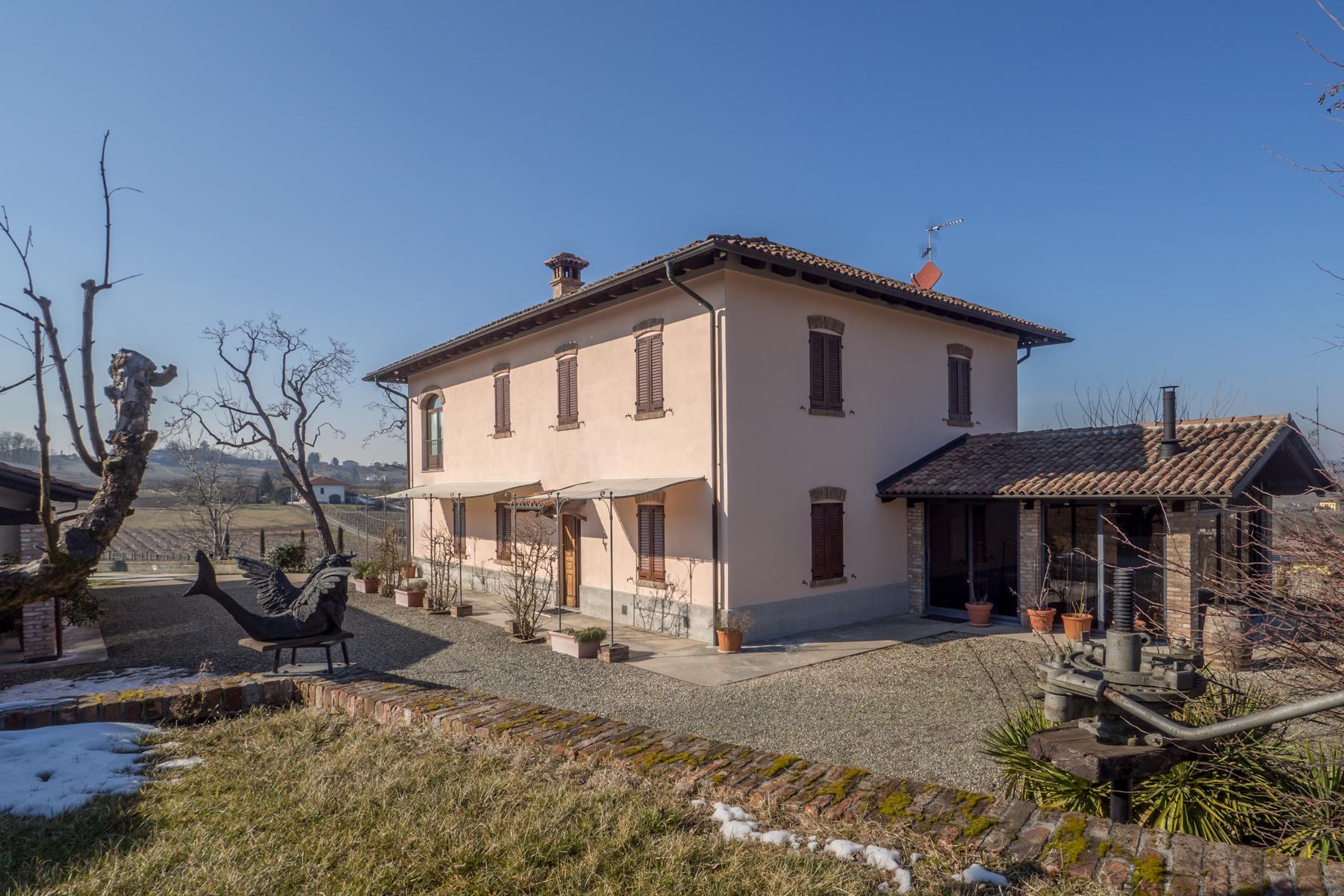Villa in Vendita a Nizza Monferrato: 5 locali, 400 mq