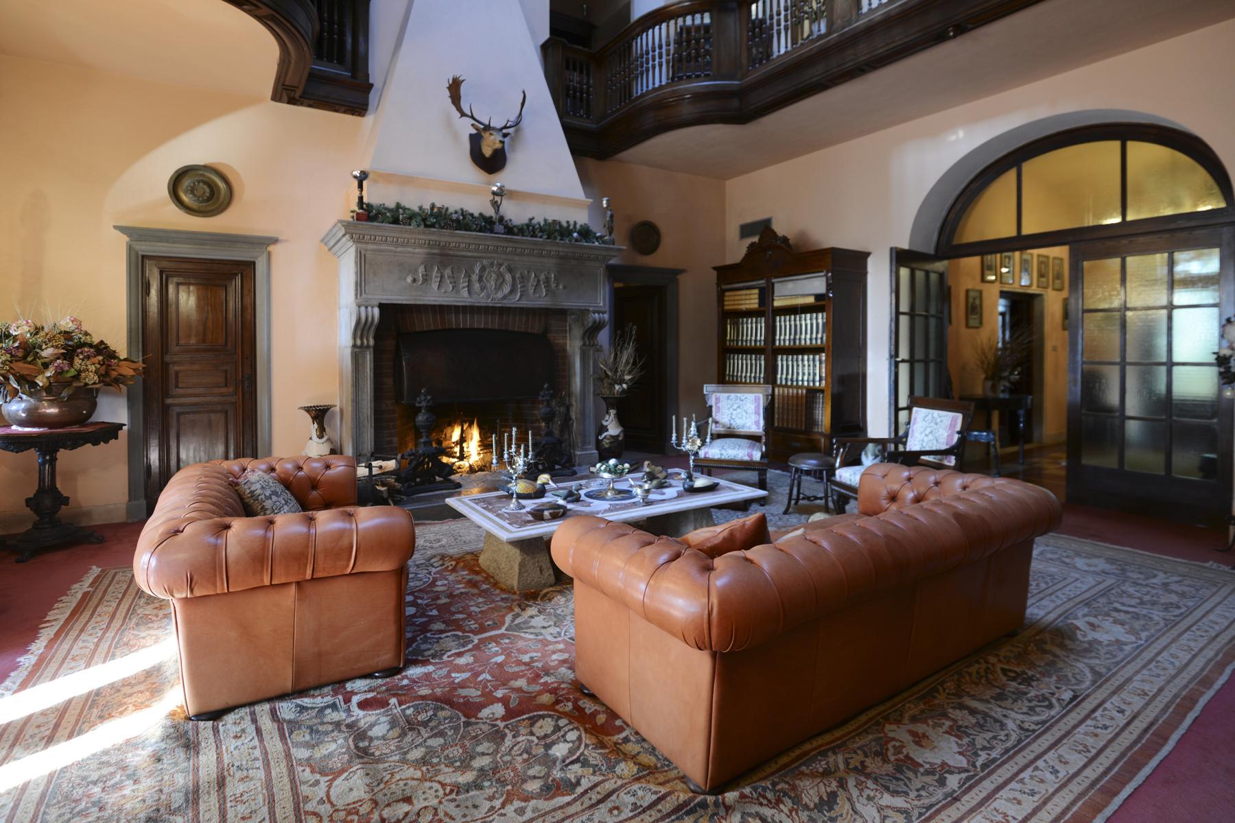 Villa in Vendita a Casciana Terme: 5 locali, 1800 mq