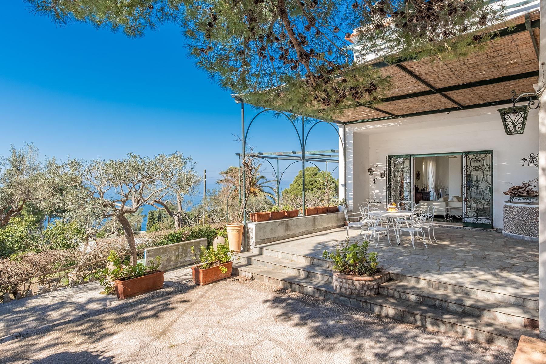 Villa in Vendita a Capri:  5 locali, 250 mq  - Foto 1